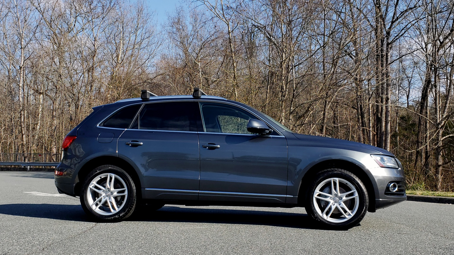 Used 2017 Audi Q5 PREMIUM PLUS / TECH / NAV / PANO / REARVIEW / B&O SND for sale Sold at Formula Imports in Charlotte NC 28227 5