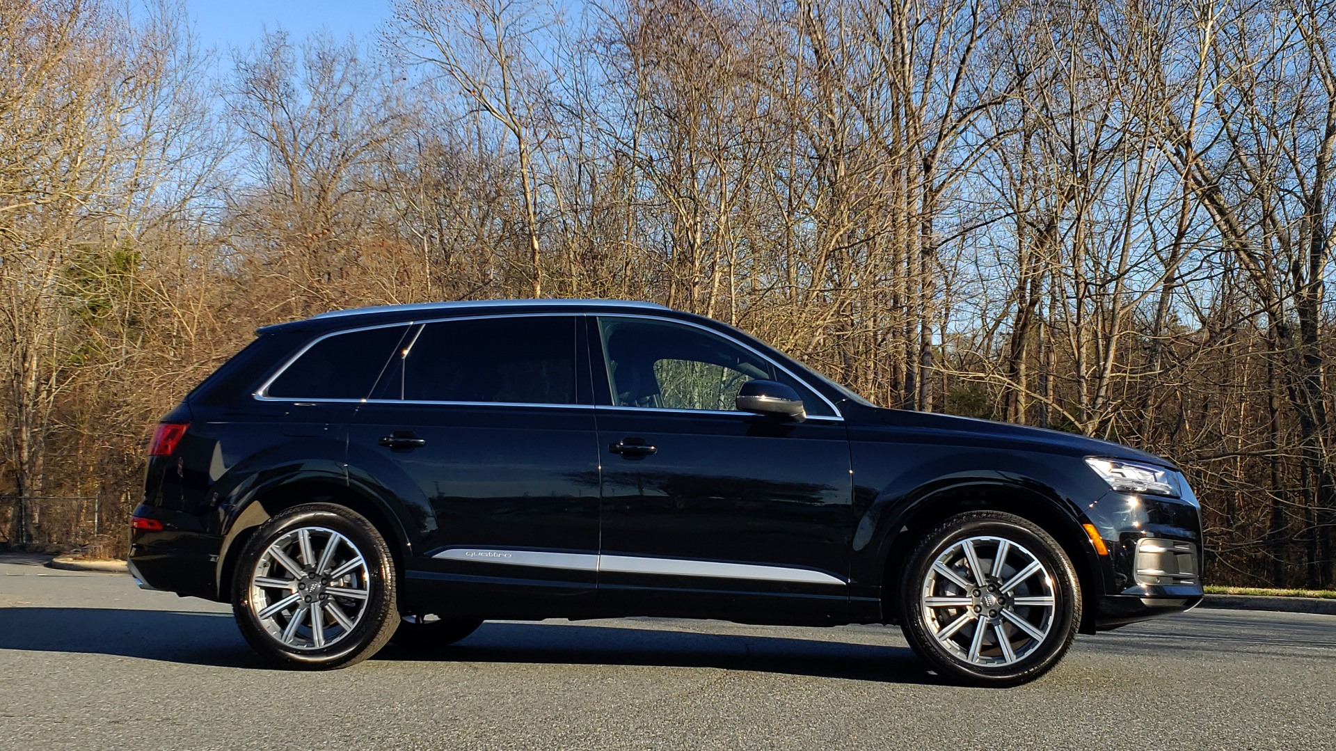 Used 2019 Audi Q7 PREMIUM PLUS / NAV / PANO-ROOF / 3-ROW / REARVIEW for sale Sold at Formula Imports in Charlotte NC 28227 5