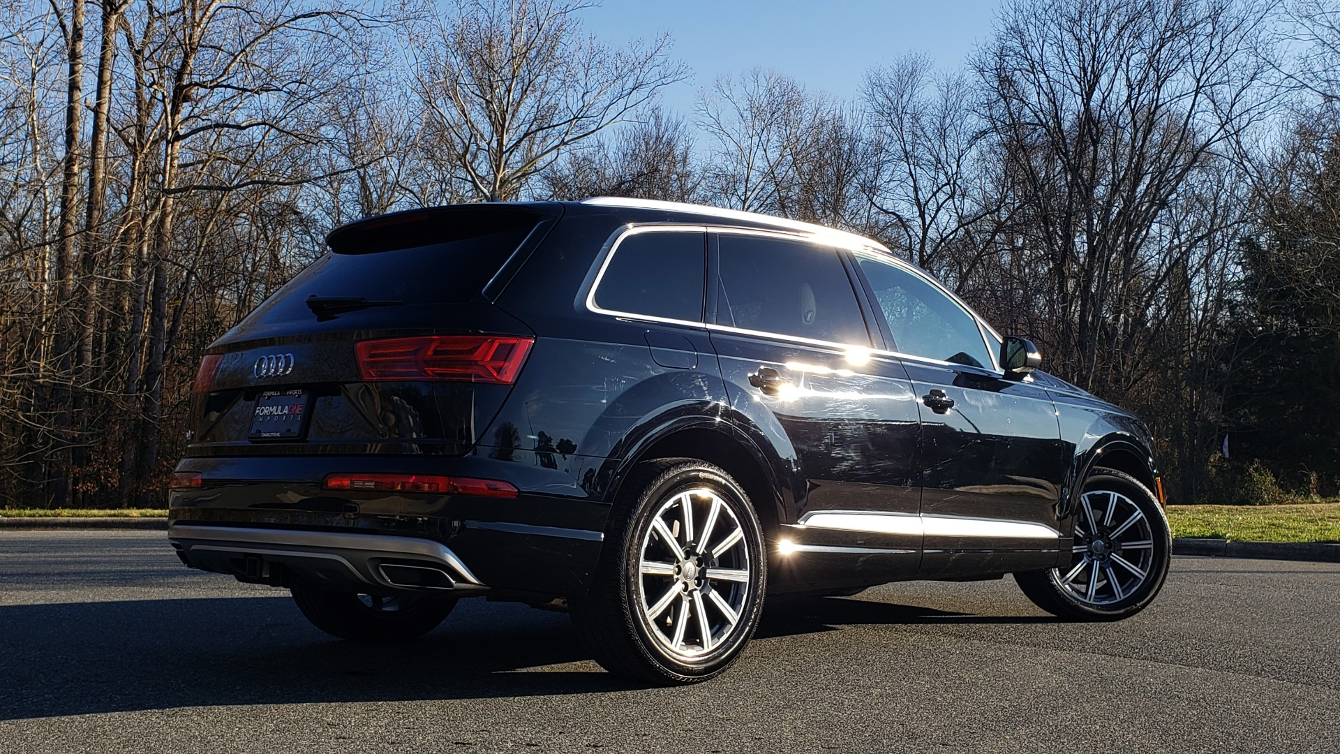 Used 2019 Audi Q7 PREMIUM PLUS / NAV / PANO-ROOF / 3-ROW / REARVIEW for sale Sold at Formula Imports in Charlotte NC 28227 6