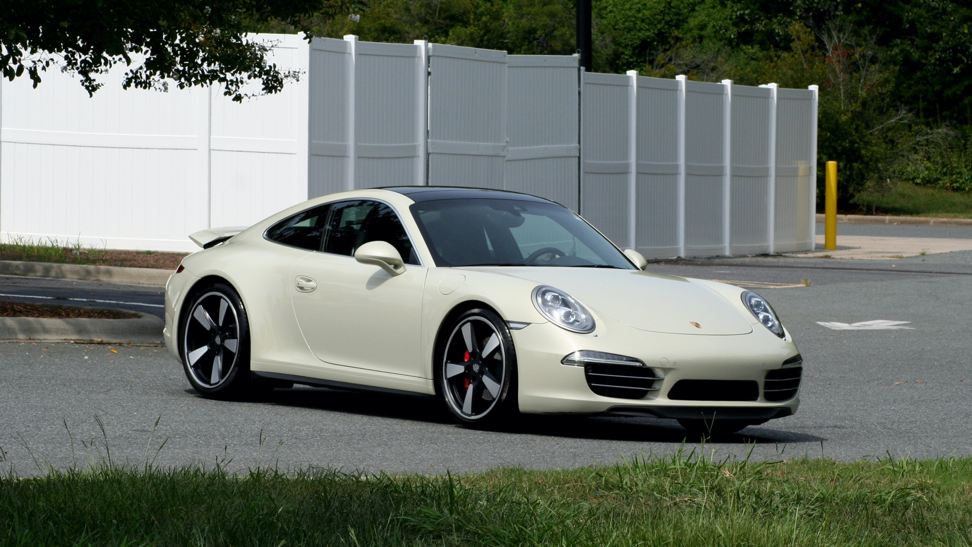 Used 2014 Porsche 911 50TH ANNIVERSARY EDITION NO. 0423 / 7-SPD MAN / NAV / BOSE for sale $118,999 at Formula One Imports in Charlotte NC 28227 10