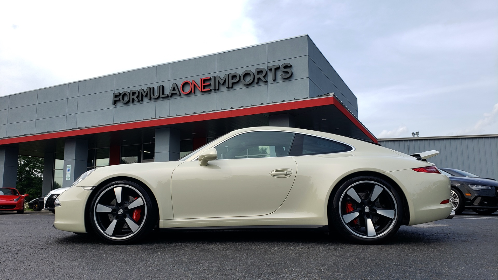 Used 2014 Porsche 911 50TH ANNIVERSARY EDITION NO. 0423 / 7-SPD MAN / NAV / BOSE for sale $117,999 at Formula Imports in Charlotte NC 28227 105