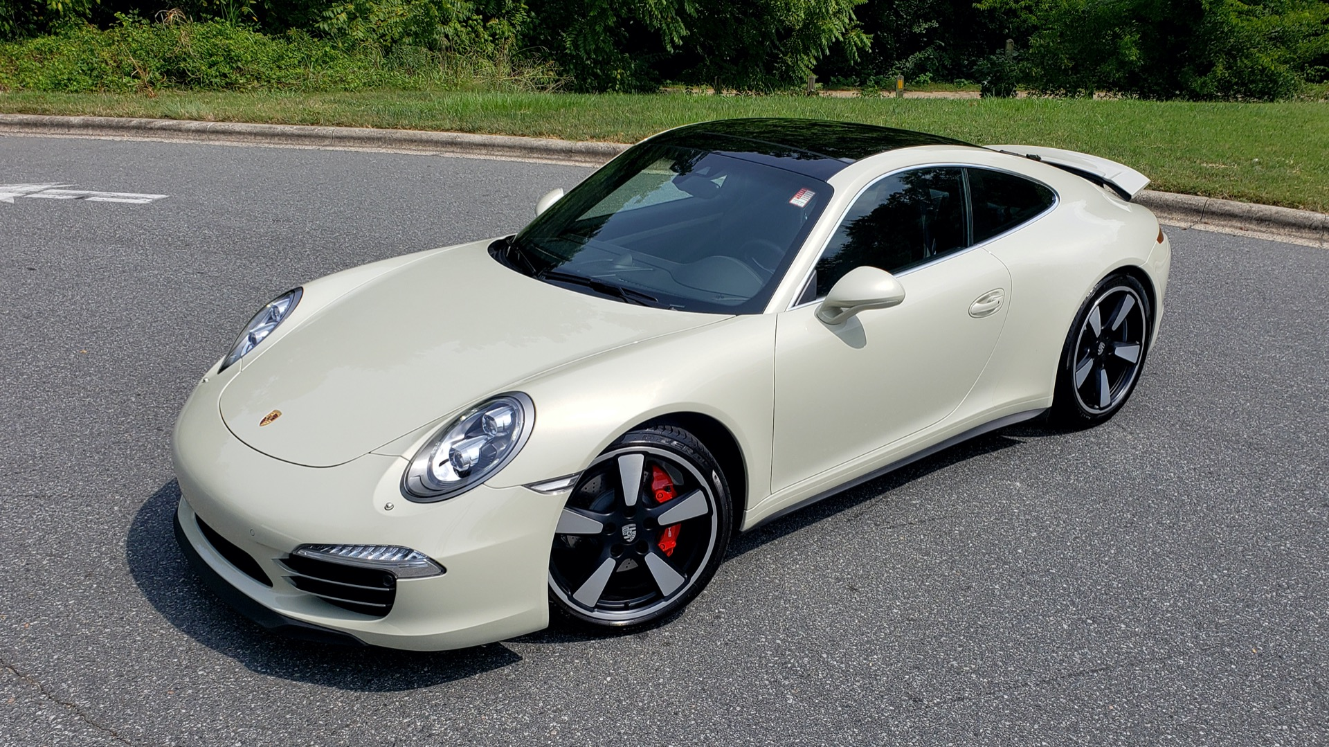 Used 2014 Porsche 911 50TH ANNIVERSARY EDITION NO. 0423 / 7-SPD MAN / NAV / BOSE for sale $118,999 at Formula One Imports in Charlotte NC 28227 11