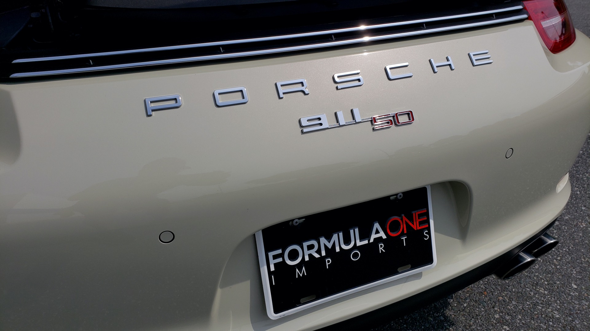 Used 2014 Porsche 911 50TH ANNIVERSARY EDITION NO. 0423 / 7-SPD MAN / NAV / BOSE for sale $118,999 at Formula One Imports in Charlotte NC 28227 26