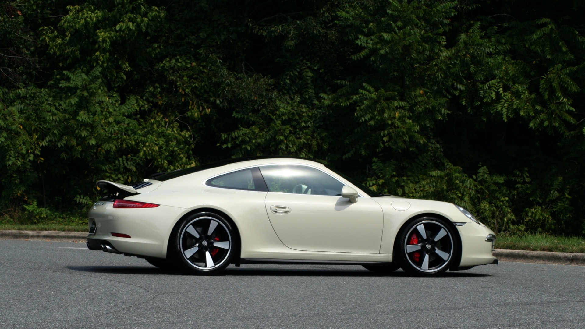 Used 2014 Porsche 911 50TH ANNIVERSARY EDITION NO. 0423 / 7-SPD MAN / NAV / BOSE for sale $117,999 at Formula Imports in Charlotte NC 28227 8
