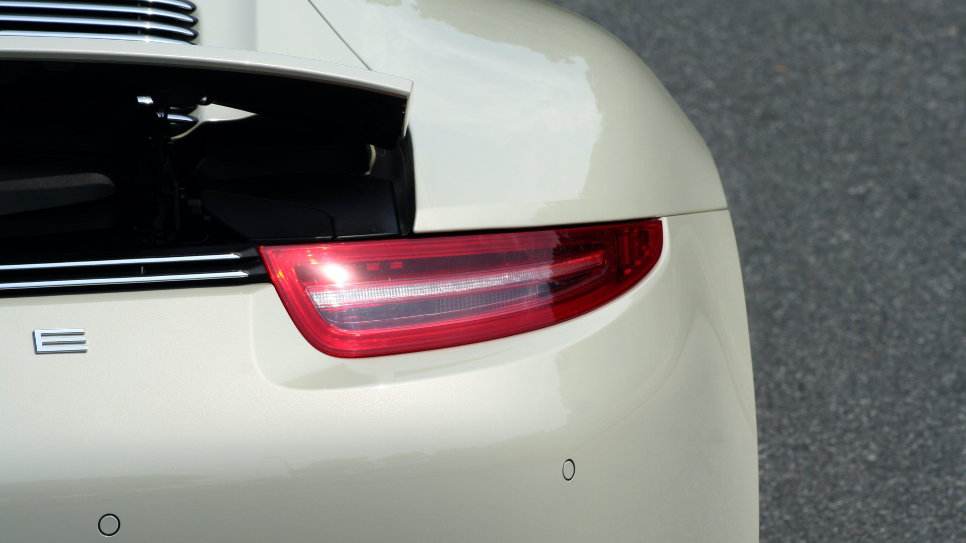 Used 2014 Porsche 911 50TH ANNIVERSARY EDITION NO. 0423 / 7-SPD MAN / NAV / BOSE for sale $118,999 at Formula One Imports in Charlotte NC 28227 82