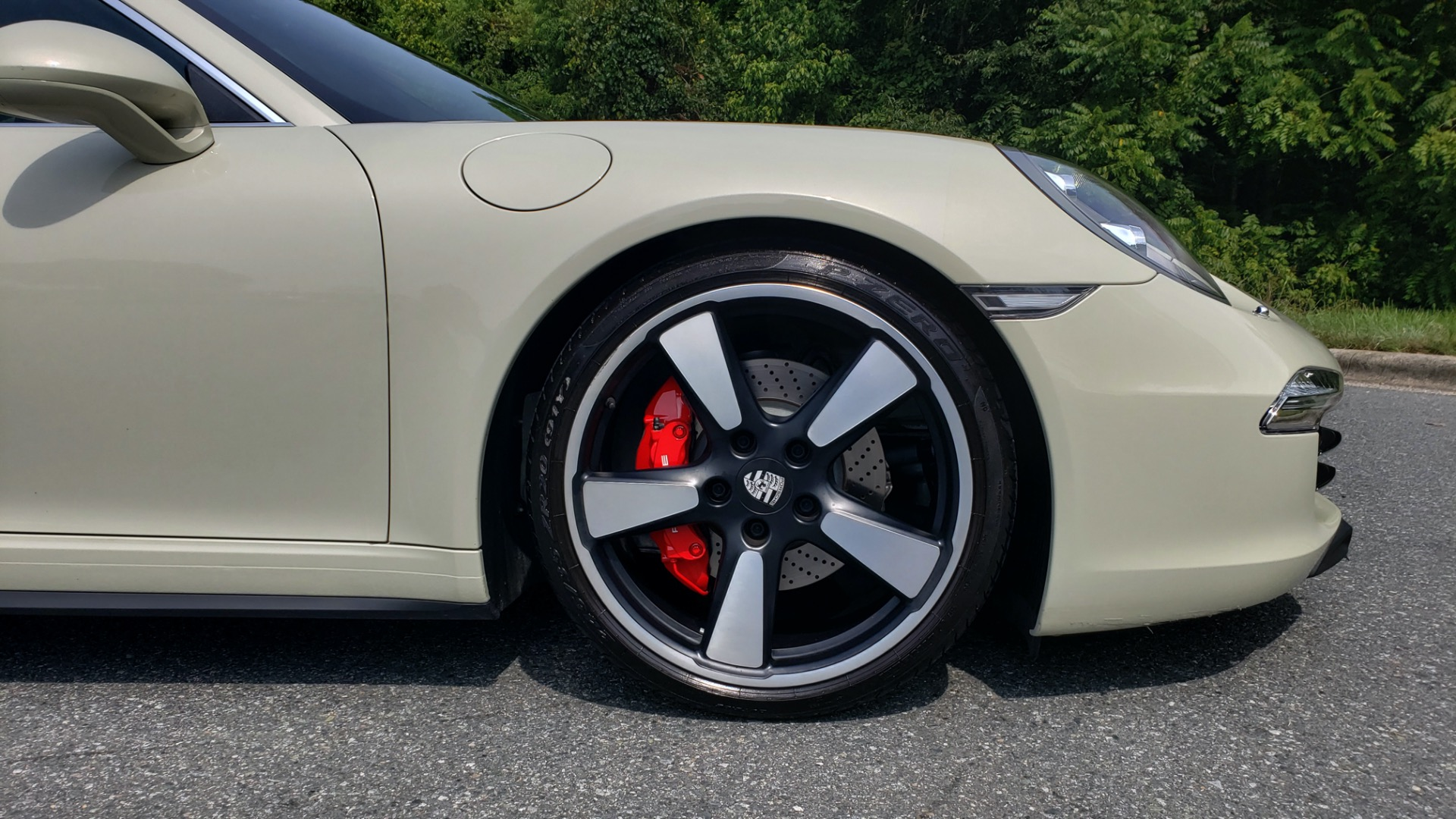 Used 2014 Porsche 911 50TH ANNIVERSARY EDITION NO. 0423 / 7-SPD MAN / NAV / BOSE for sale $117,999 at Formula Imports in Charlotte NC 28227 91