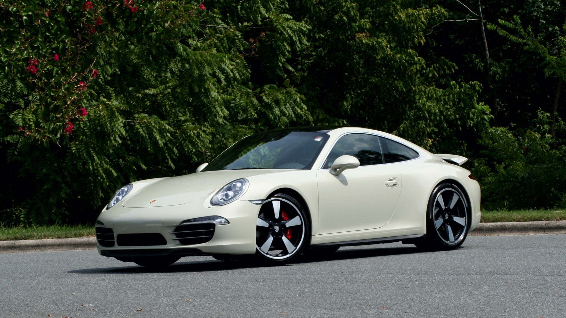 Used 2014 Porsche 911 50TH ANNIVERSARY EDITION NO. 0423 / 7-SPD MAN / NAV / BOSE for sale $119,999 at Formula One Imports in Charlotte NC 28227 1