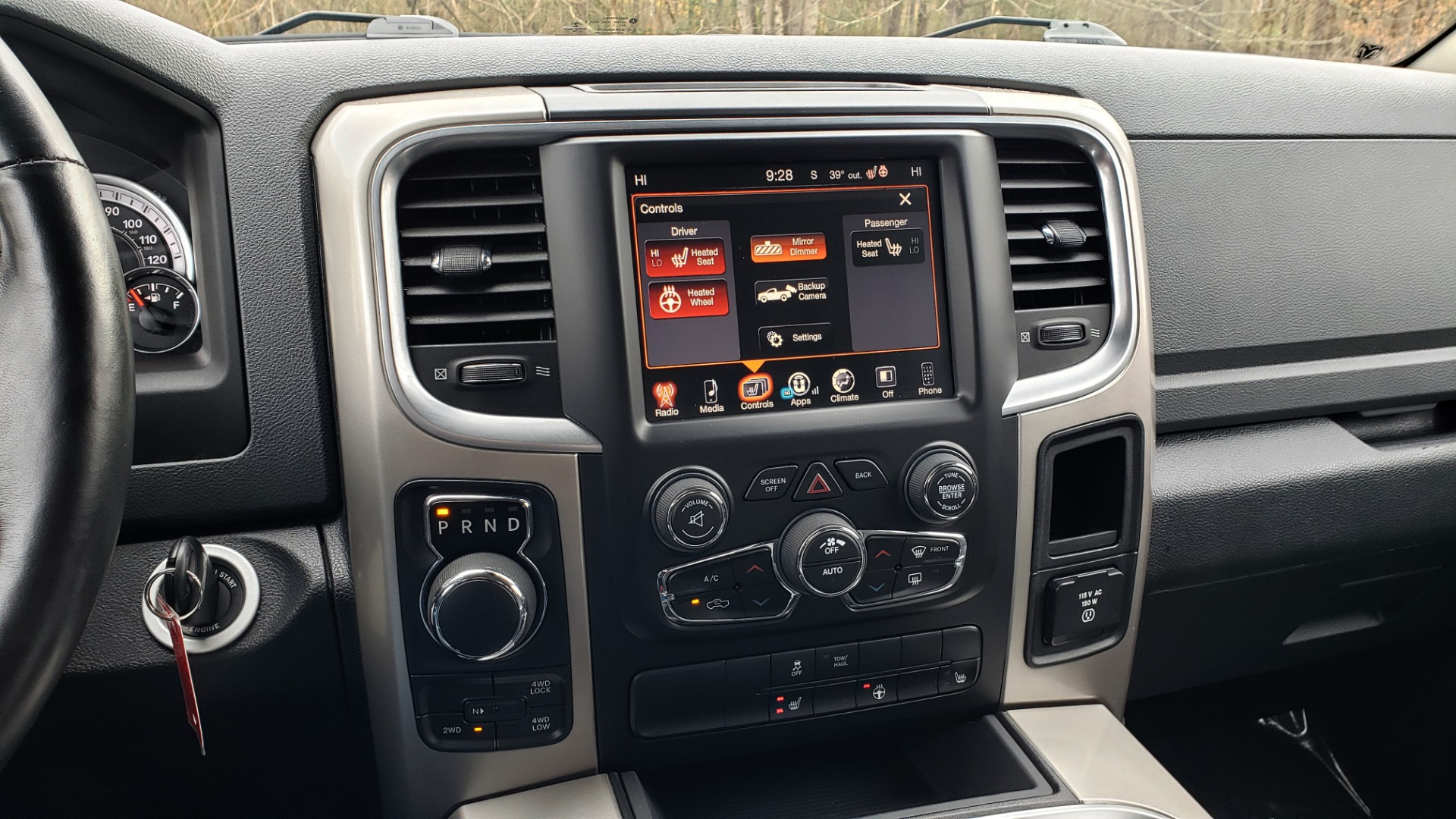 Used 2016 Ram 1500 OUTDOORSMAN 4X4 / CREW CAB / REARVIEW / HTD STS for sale Sold at Formula Imports in Charlotte NC 28227 41