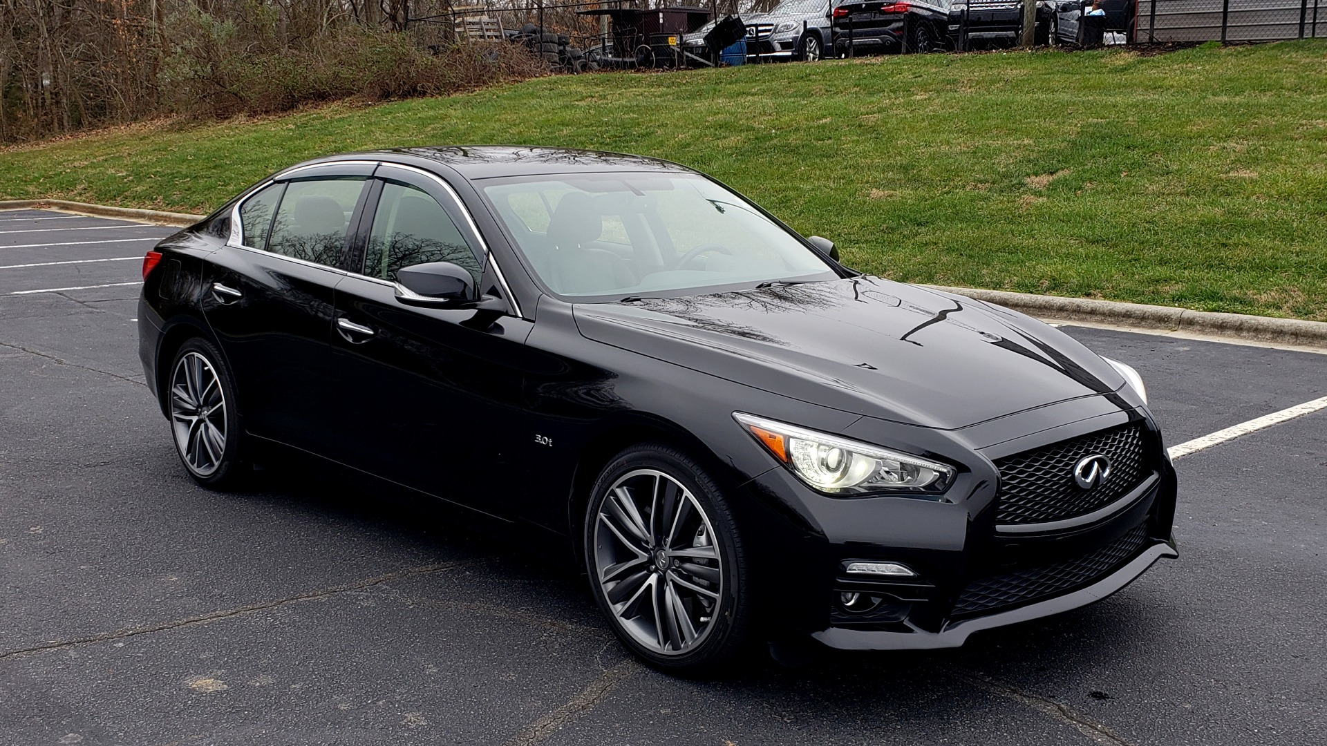 Used 2016 Infiniti Q50 3.0t PREMIUM SPORT AWD / NAV / SUNROOF / HTD STS / REARVIEW for sale Sold at Formula Imports in Charlotte NC 28227 10