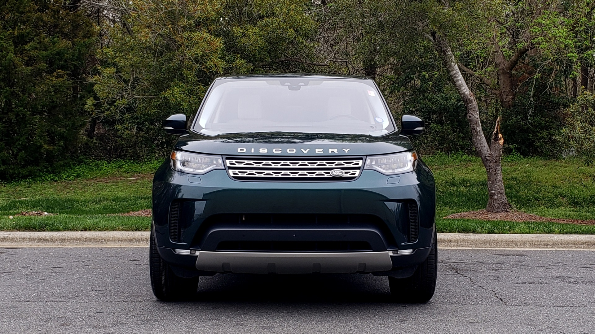 Used 2017 Land Rover DISCOVERY HSE LUXURY / 4WD / NAV / VISION ASST / DRIVE PKG / MERIDIAN for sale Sold at Formula Imports in Charlotte NC 28227 29