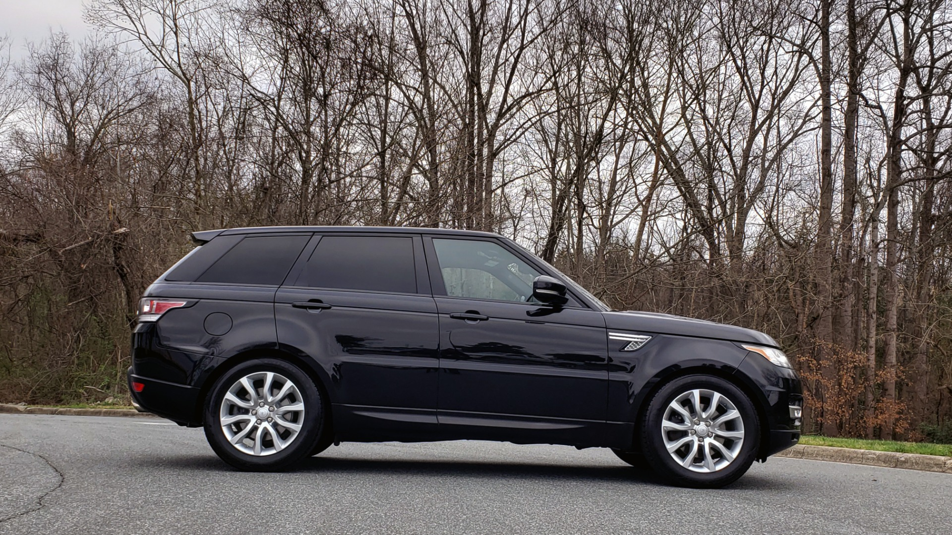 Used 2016 Land Rover RANGE ROVER SPORT SC V6 HSE / NAV / SUNROOF / REARVIEW / MERIDIAN for sale Sold at Formula Imports in Charlotte NC 28227 6