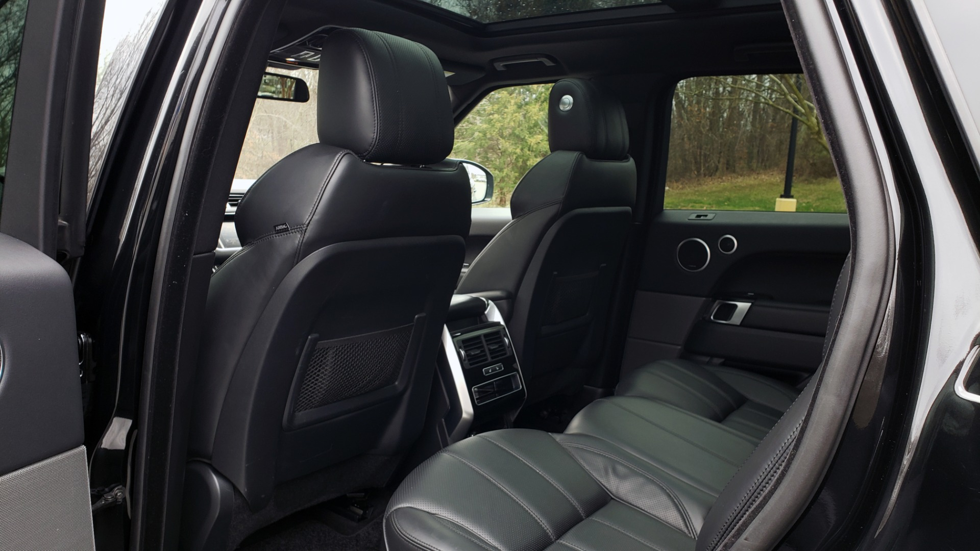 Used 2016 Land Rover RANGE ROVER SPORT SC V6 HSE / NAV / SUNROOF / REARVIEW / MERIDIAN for sale Sold at Formula Imports in Charlotte NC 28227 65