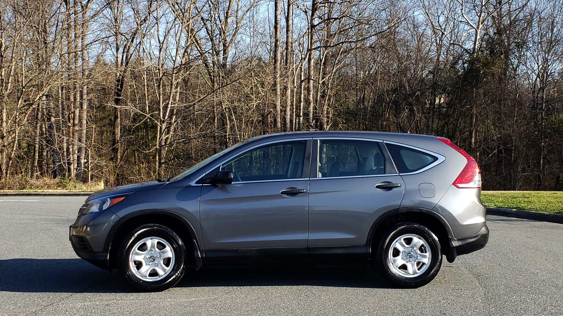 Used 2013 Honda CR-V LX 5-PASS SUV / PWR WNDWS / PWR LKS / VERY CLEAN! for sale Sold at Formula Imports in Charlotte NC 28227 2