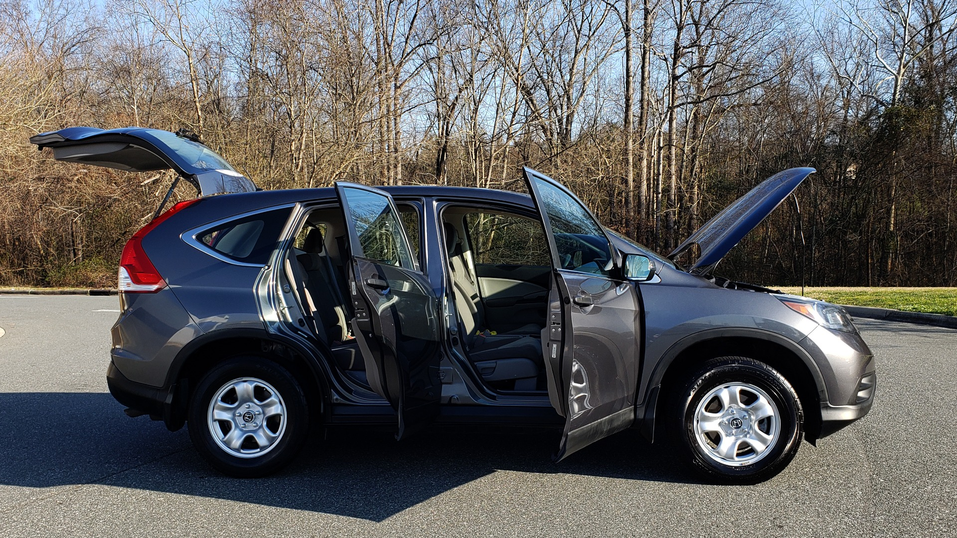Used 2013 Honda CR-V LX 5-PASS SUV / PWR WNDWS / PWR LKS / VERY CLEAN! for sale Sold at Formula Imports in Charlotte NC 28227 8