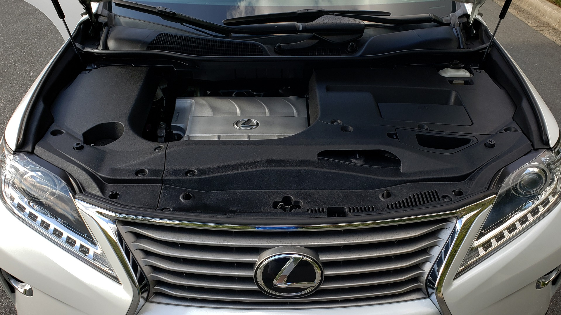 Used 2015 Lexus RX 350 PREMIUM PKG / COMFORT PKG / NAV / SUNROOF / BSM / TOWING for sale Sold at Formula Imports in Charlotte NC 28227 11
