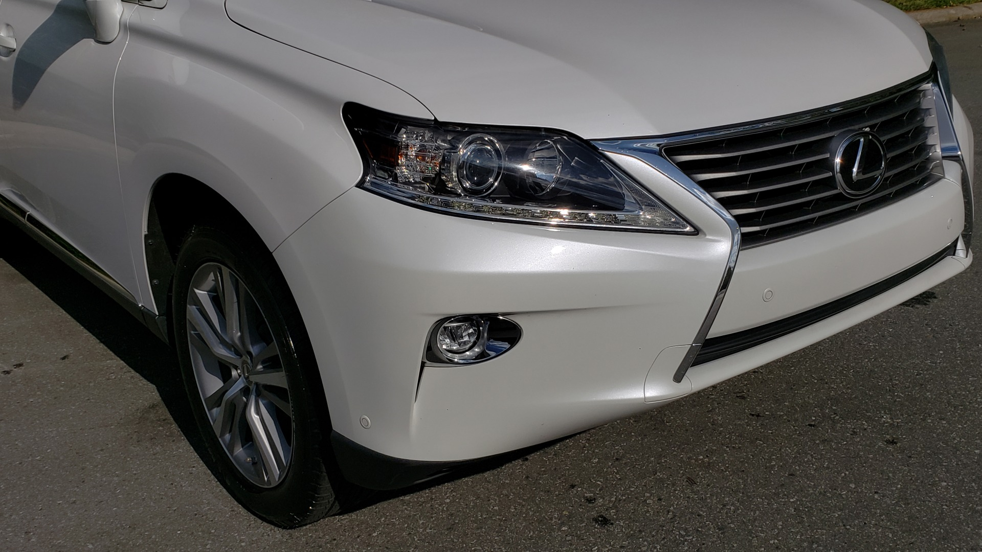 Used 2015 Lexus RX 350 PREMIUM PKG / COMFORT PKG / NAV / SUNROOF / BSM / TOWING for sale Sold at Formula Imports in Charlotte NC 28227 19