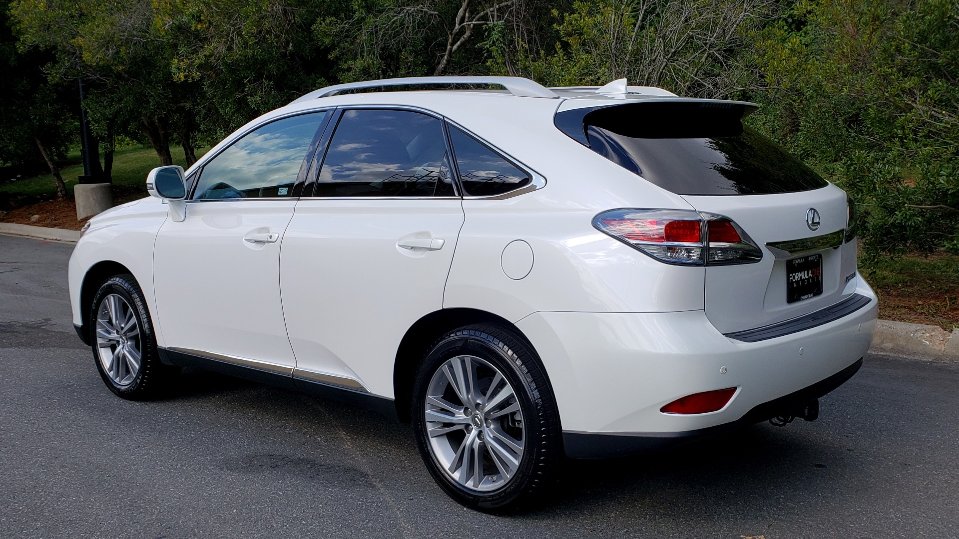Used 2015 Lexus RX 350 PREMIUM PKG / COMFORT PKG / NAV / SUNROOF / BSM / TOWING for sale Sold at Formula Imports in Charlotte NC 28227 4