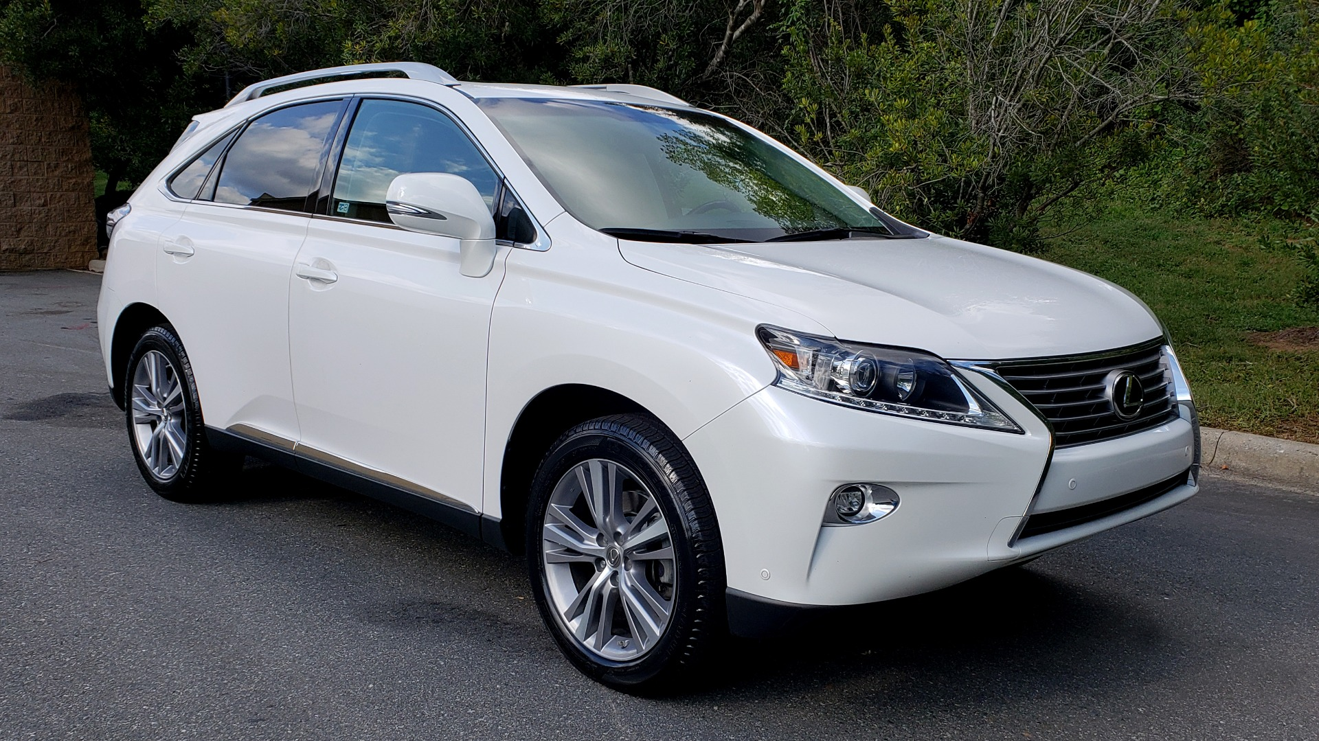 Used 2015 Lexus RX 350 PREMIUM PKG / COMFORT PKG / NAV / SUNROOF / BSM / TOWING for sale Sold at Formula Imports in Charlotte NC 28227 5