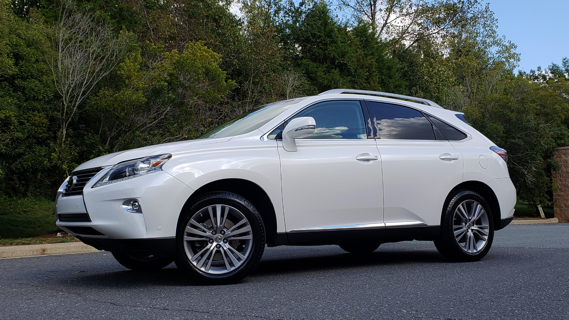 Used 2015 Lexus RX 350 PREMIUM PKG / COMFORT PKG / NAV / SUNROOF / BSM / TOWING for sale Sold at Formula Imports in Charlotte NC 28227 1