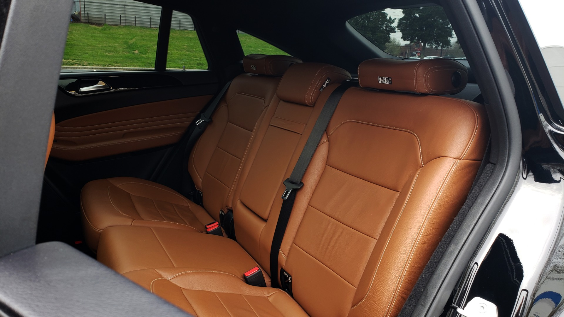 Used 2016 Mercedes-Benz GLE 450 AMG / AWD / PREM PKG / PARK ASST / DRVR ASST / SUNROOF for sale Sold at Formula Imports in Charlotte NC 28227 68