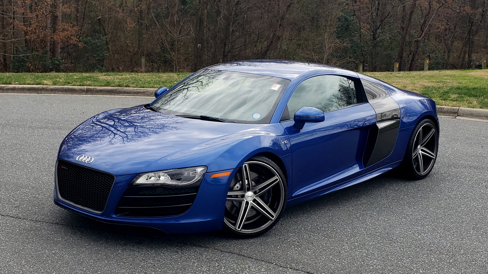 Used 2010 Audi R8 5.2L V10 / AWD / NAV / B&O SND / HTD STS / CUSTOM EXH & WHEELS for sale $78,000 at Formula Imports in Charlotte NC 28227 2