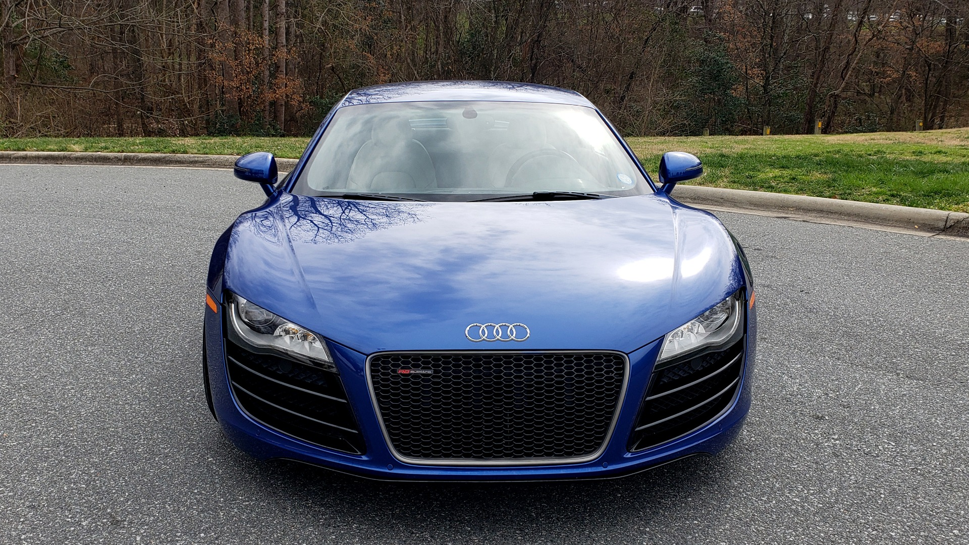 Used 2010 Audi R8 5.2L V10 / AWD / COUPE / NAV / 6-SPD AUTO / CUSTOM WHEELS for sale Sold at Formula Imports in Charlotte NC 28227 24