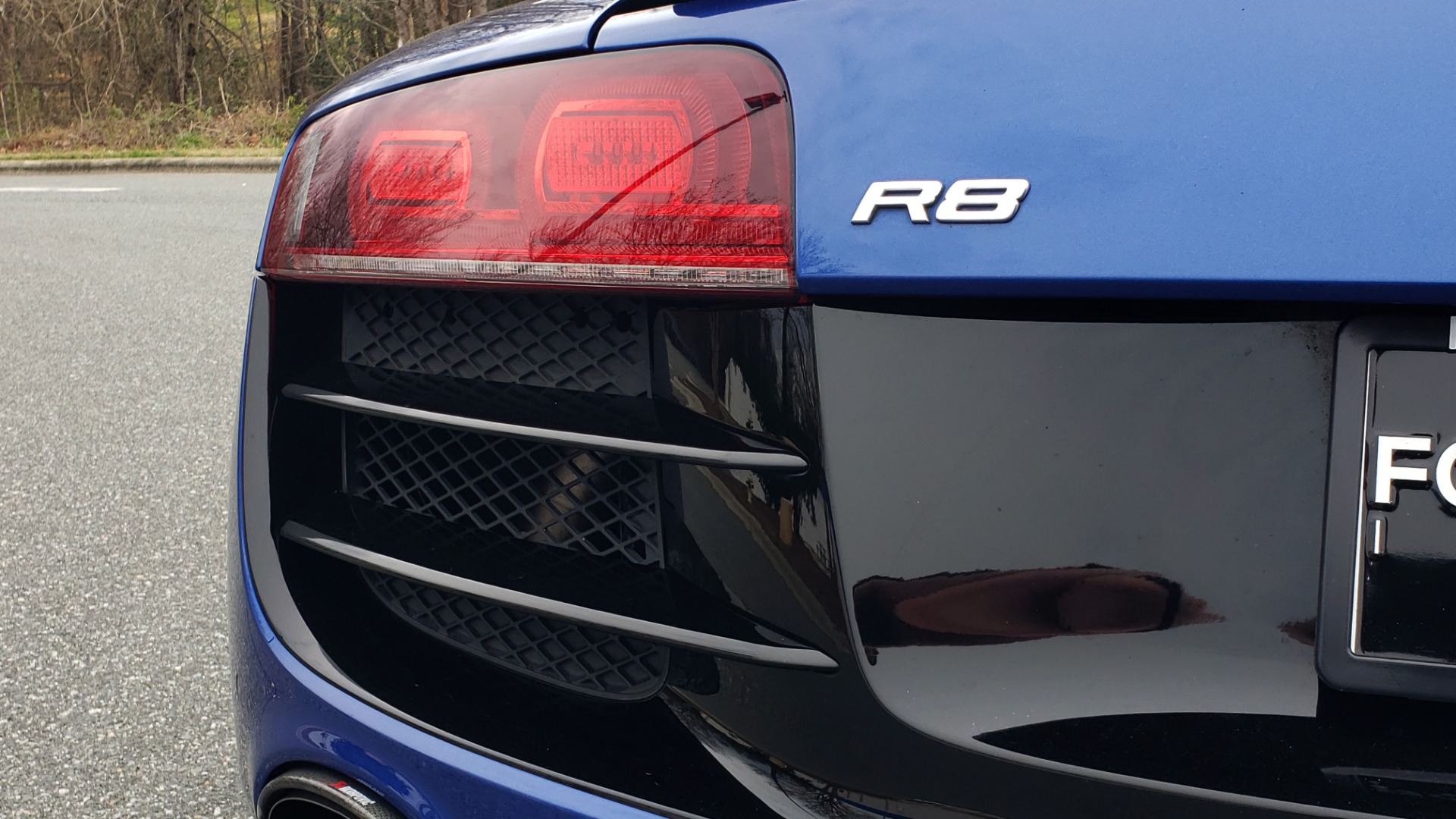 Used 2010 Audi R8 5.2L V10 / AWD / NAV / B&O SND / HTD STS / CUSTOM EXH & WHEELS for sale $78,000 at Formula Imports in Charlotte NC 28227 57