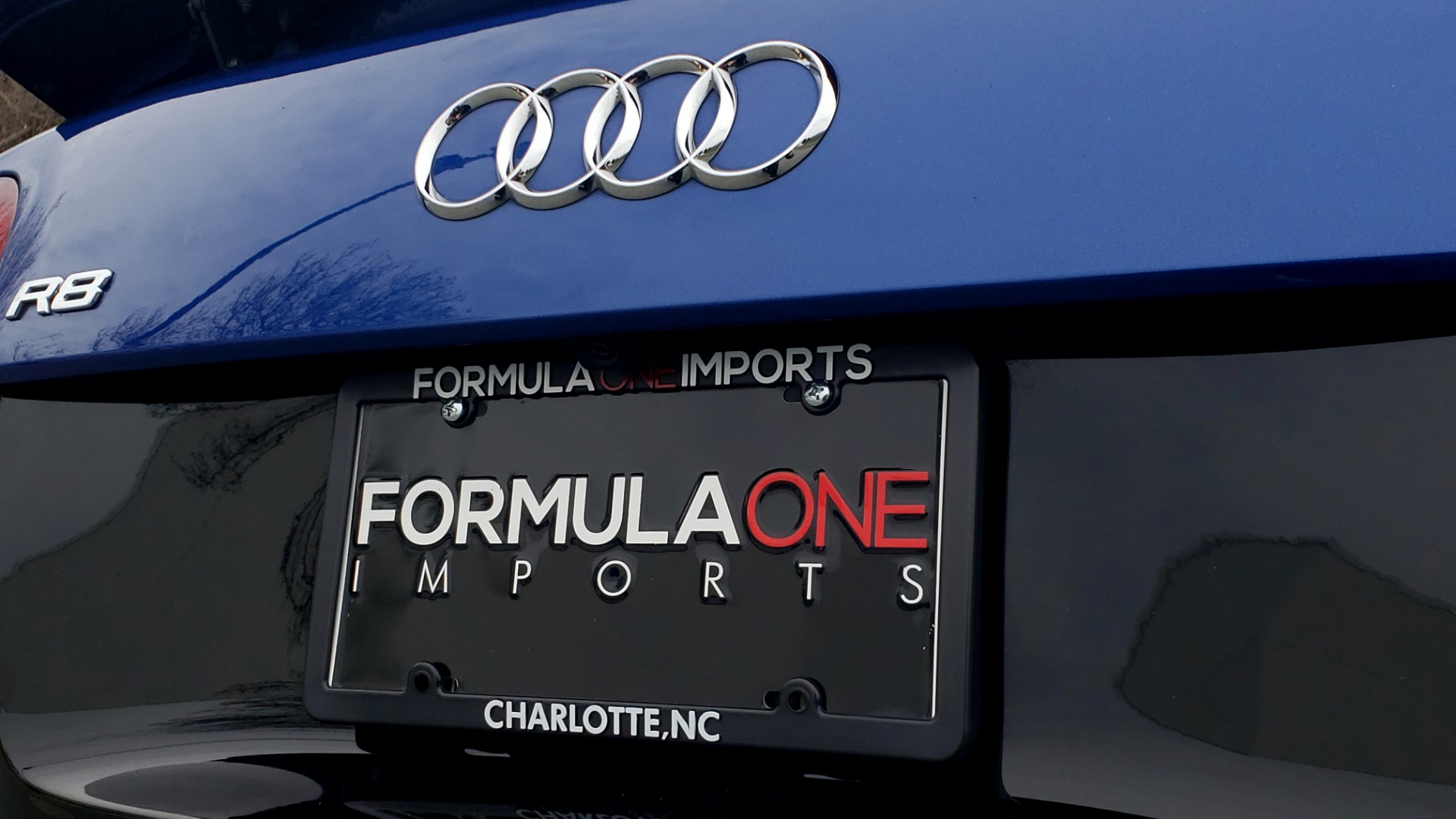 Used 2010 Audi R8 5.2L V10 / AWD / COUPE / NAV / 6-SPD AUTO / CUSTOM WHEELS for sale Sold at Formula Imports in Charlotte NC 28227 59