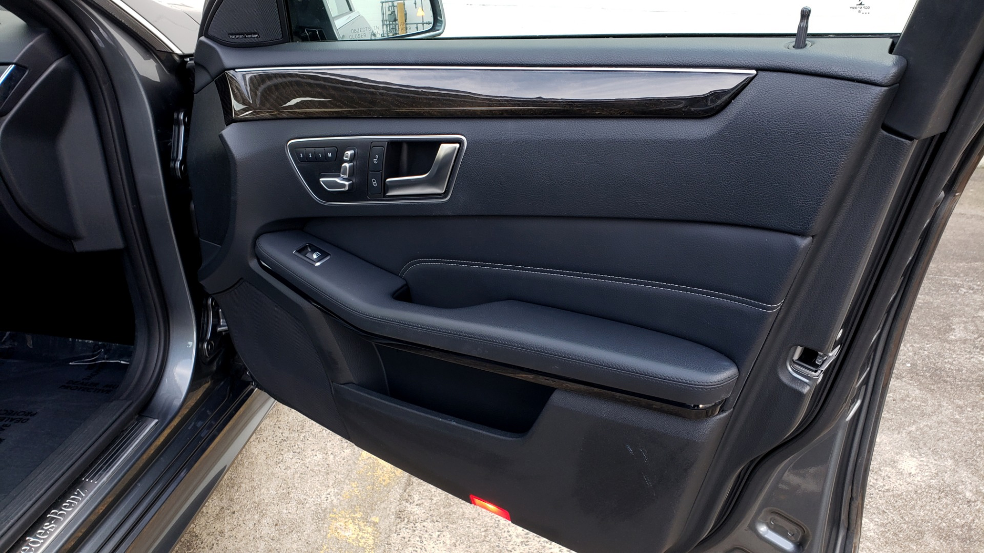Used 2016 Mercedes-Benz E-CLASS E 350 PREM / KEYLESS-GO / NAV / SUNROOF / REARVIEW for sale Sold at Formula Imports in Charlotte NC 28227 62