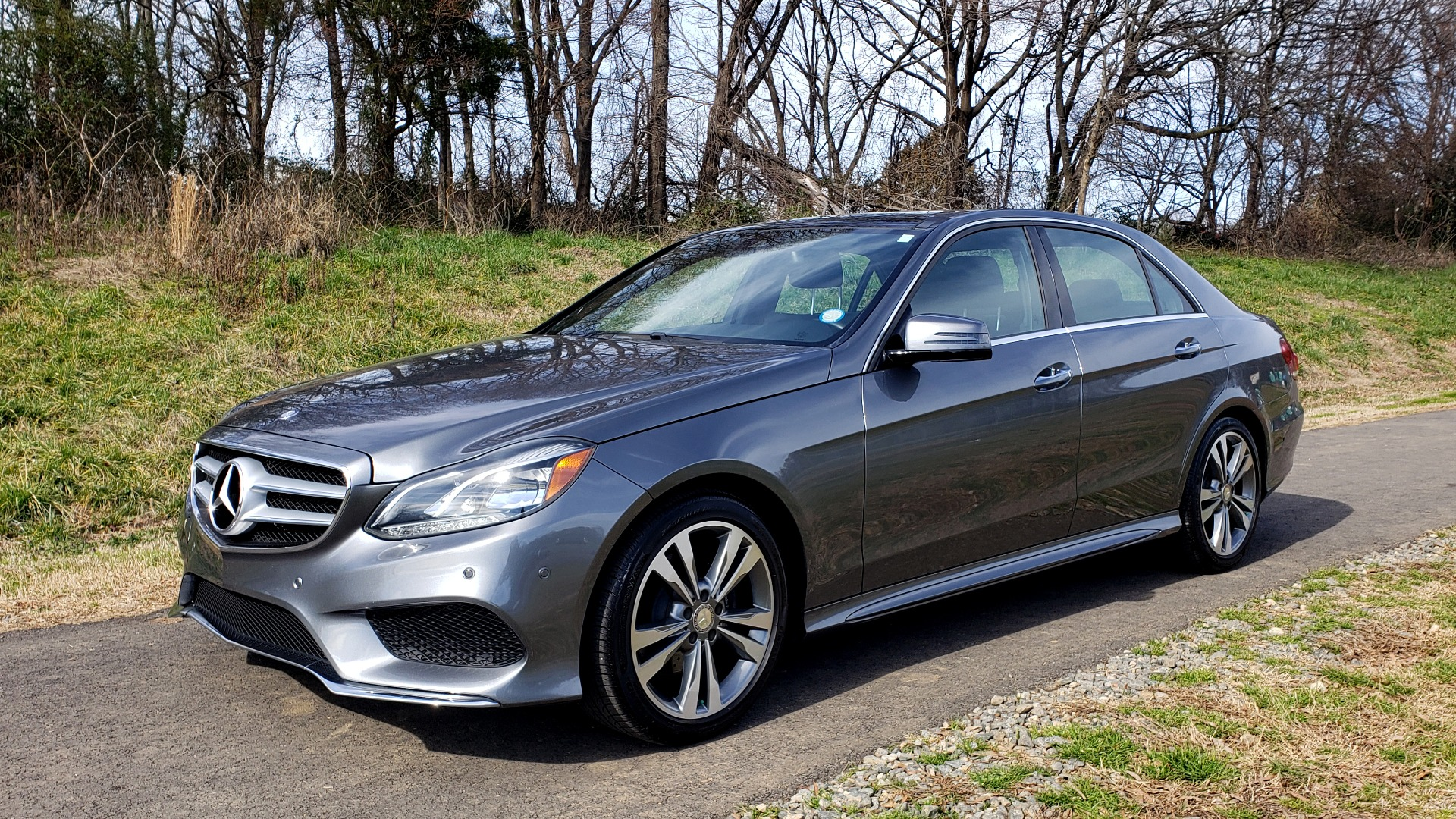 Used 2016 Mercedes-Benz E-CLASS E 350 PREM / KEYLESS-GO / NAV / SUNROOF / REARVIEW for sale Sold at Formula Imports in Charlotte NC 28227 1