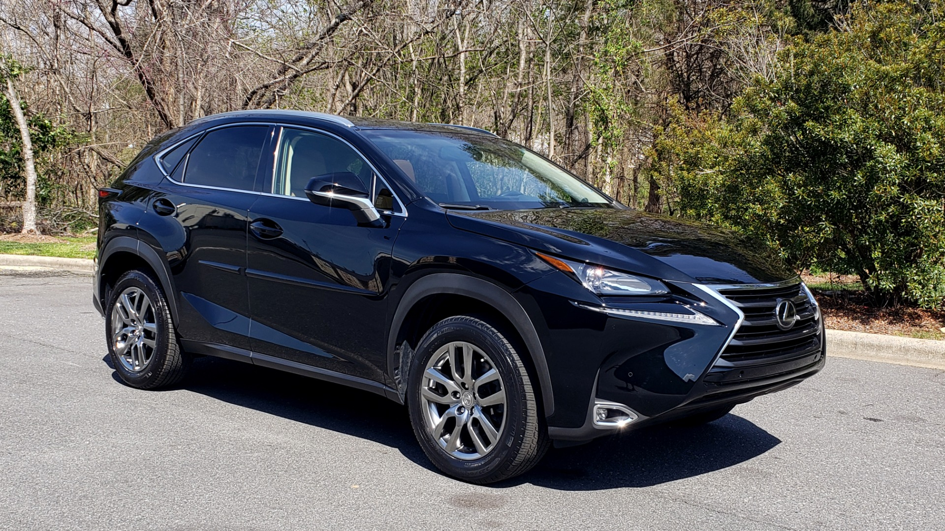 Used 2016 Lexus NX 200T PREM PKG / NAV / SUNROOF / PRE-COLLISION / PARK ASST for sale Sold at Formula Imports in Charlotte NC 28227 4