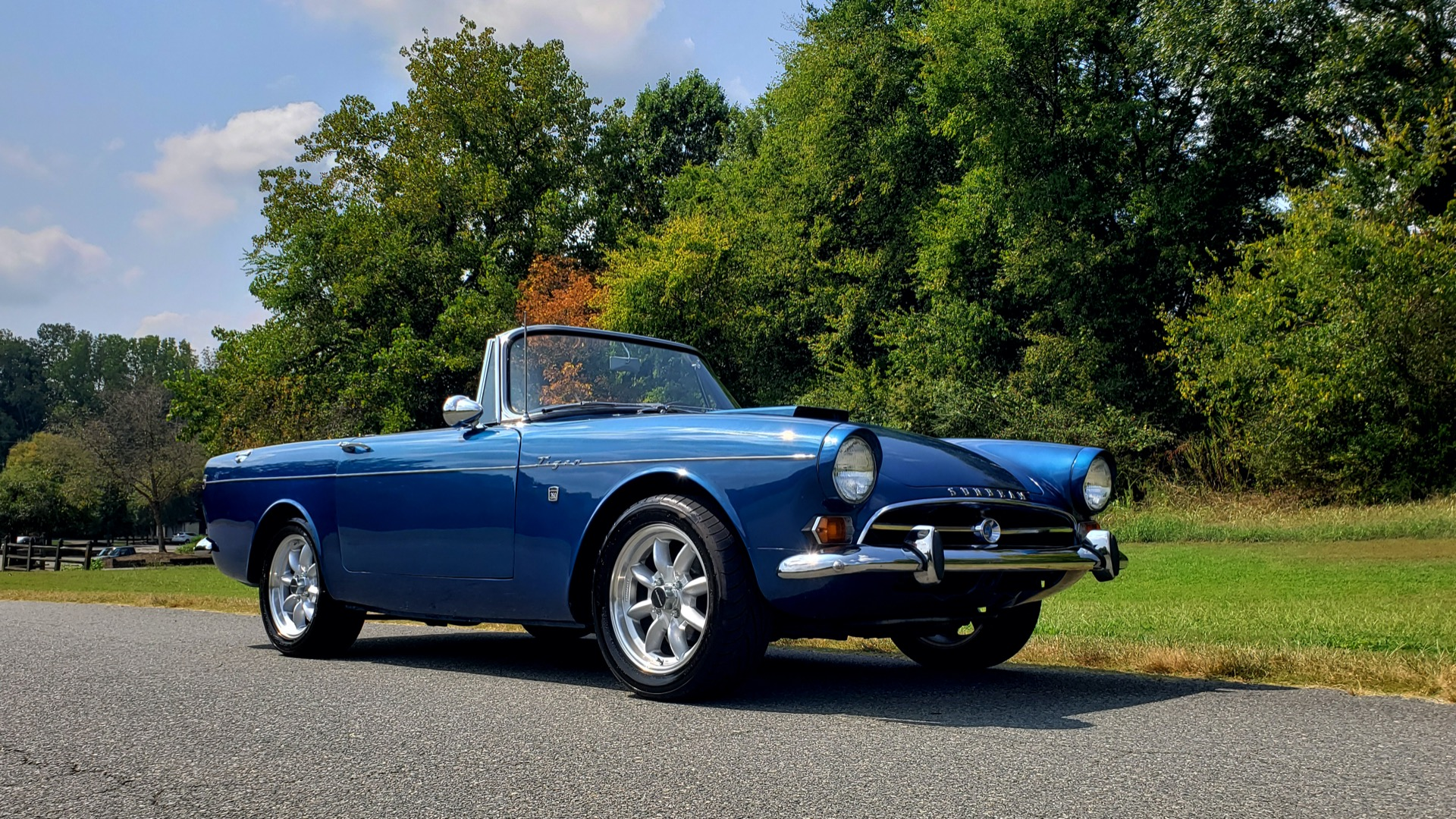 Used 1964 Sunbeam Tiger Convertible / 260ci V8 / 4-Speed Manual / Rear-Wheel Drive for sale $69,999 at Formula Imports in Charlotte NC 28227 7