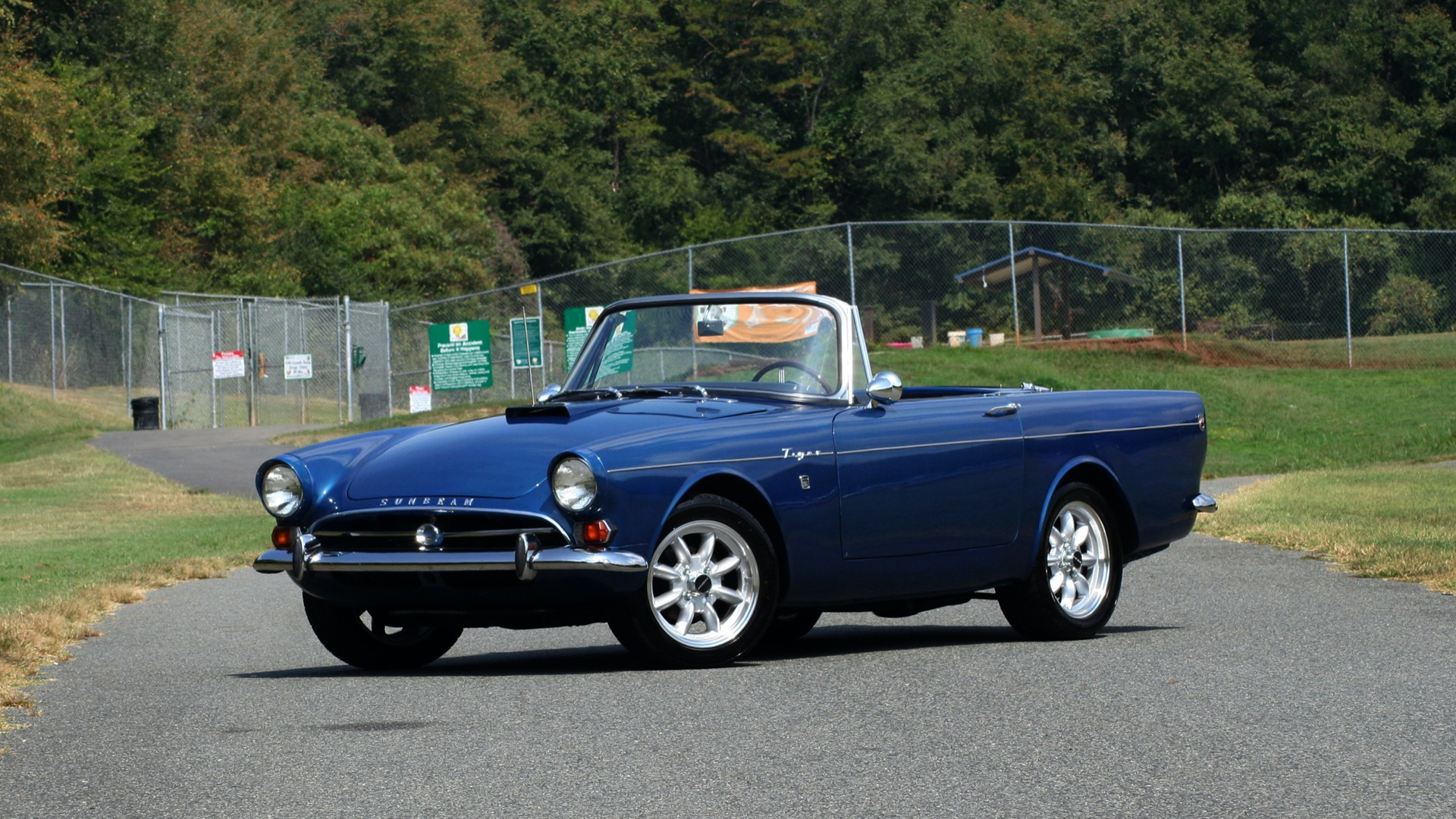 Used 1964 Sunbeam Tiger Convertible / 260ci V8 / 4-Speed Manual / Rear-Wheel Drive for sale $69,999 at Formula Imports in Charlotte NC 28227 1