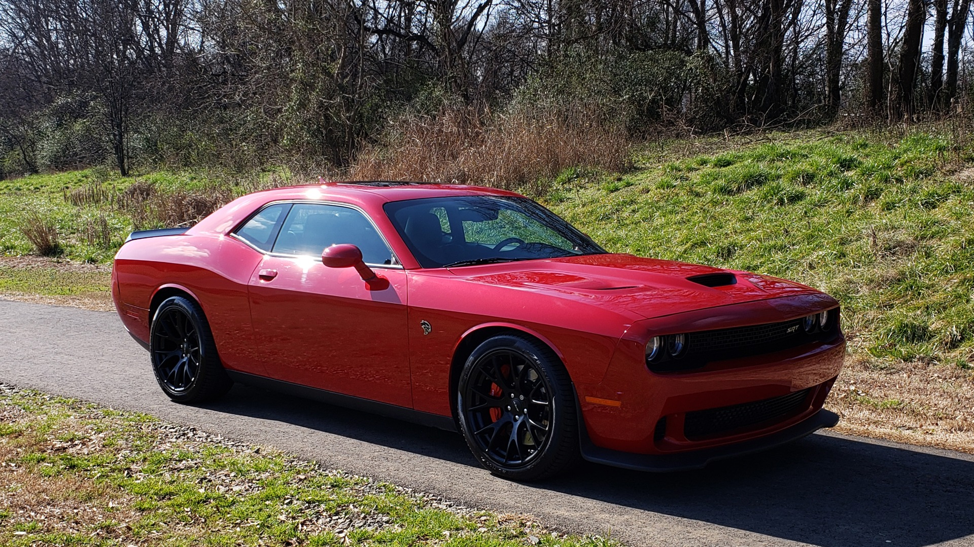 Used 2016 Dodge CHALLENGER SRT HELLCAT / NAV / SUNROOF / AUTO / REARVIEW for sale Sold at Formula Imports in Charlotte NC 28227 4