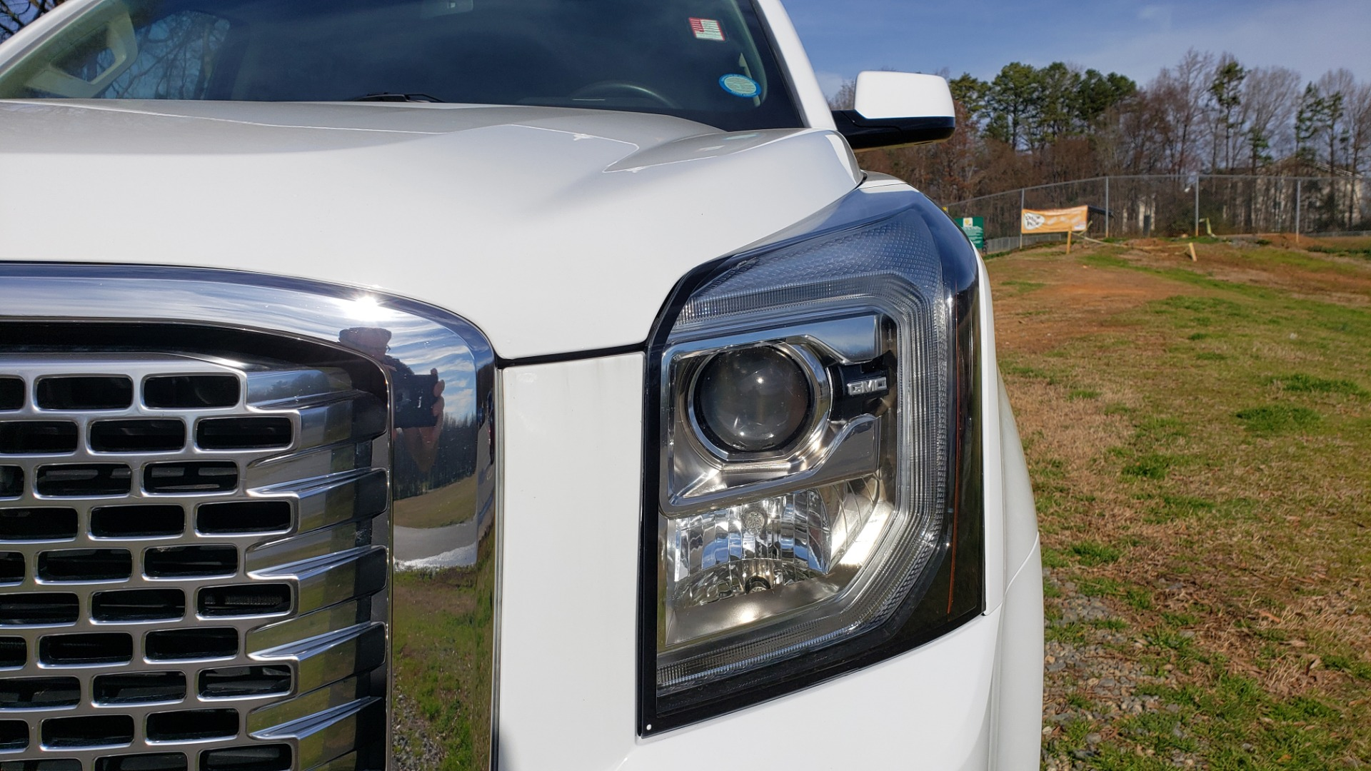 Used 2017 GMC YUKON SLT 4WD / NAV TOUCH SCREEN / BOSE / REARVIEW / 3-ROW for sale Sold at Formula Imports in Charlotte NC 28227 13