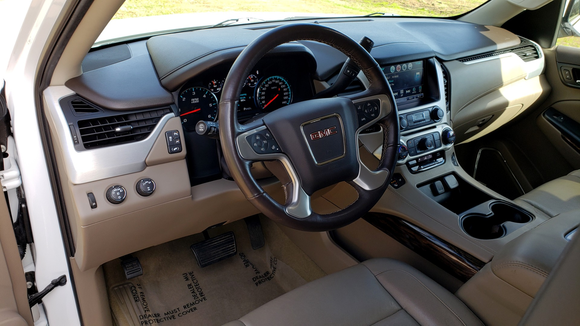 Used 2017 GMC YUKON SLT 4WD / NAV TOUCH SCREEN / BOSE / REARVIEW / 3-ROW for sale Sold at Formula Imports in Charlotte NC 28227 36