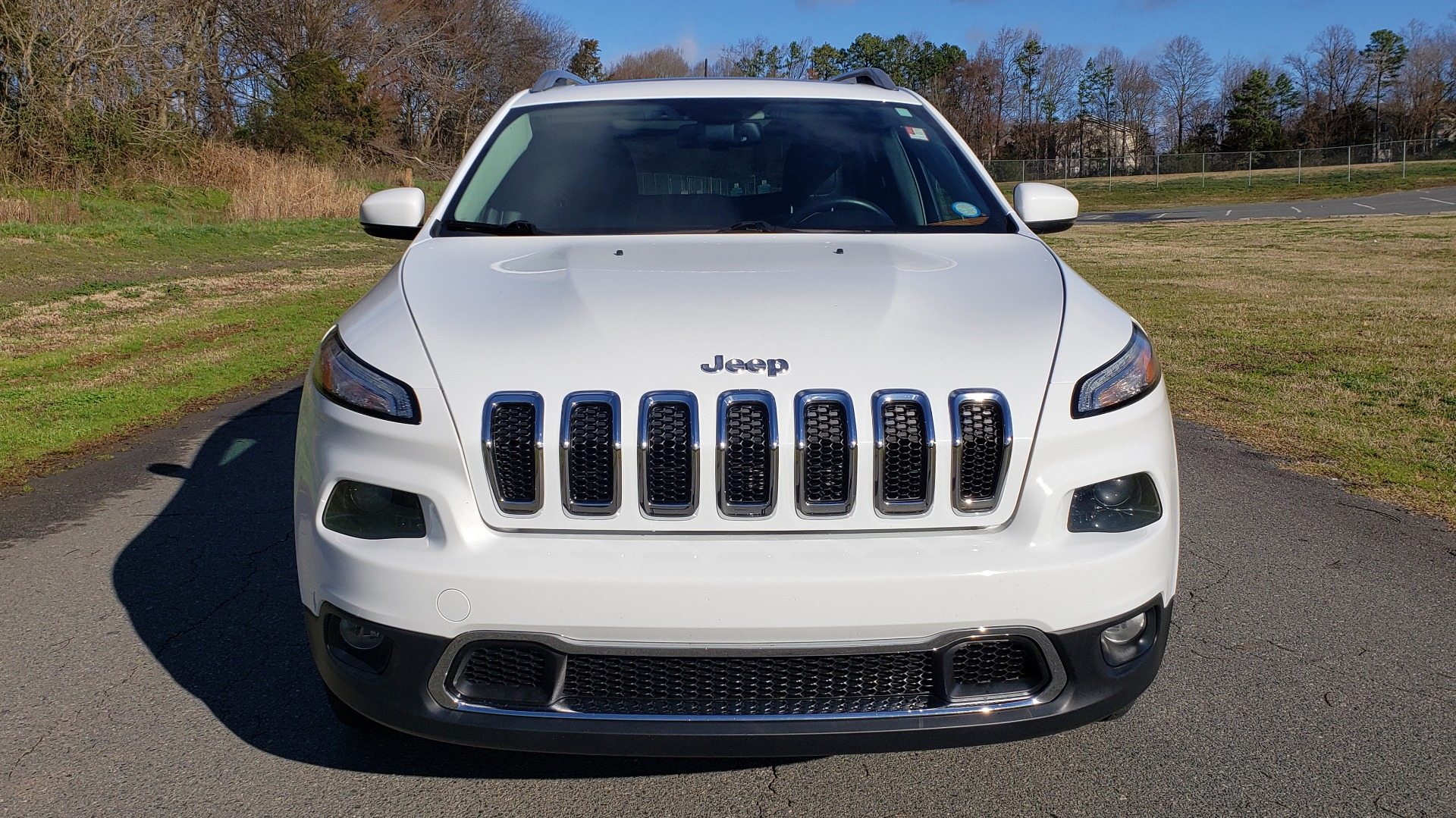 Used 2014 Jeep CHEROKEE LIMITED 4WD / 3.2L V6 / 9SPD AUTO / DUAL-SUNROOF / TOW for sale $18,995 at Formula Imports in Charlotte NC 28227 23