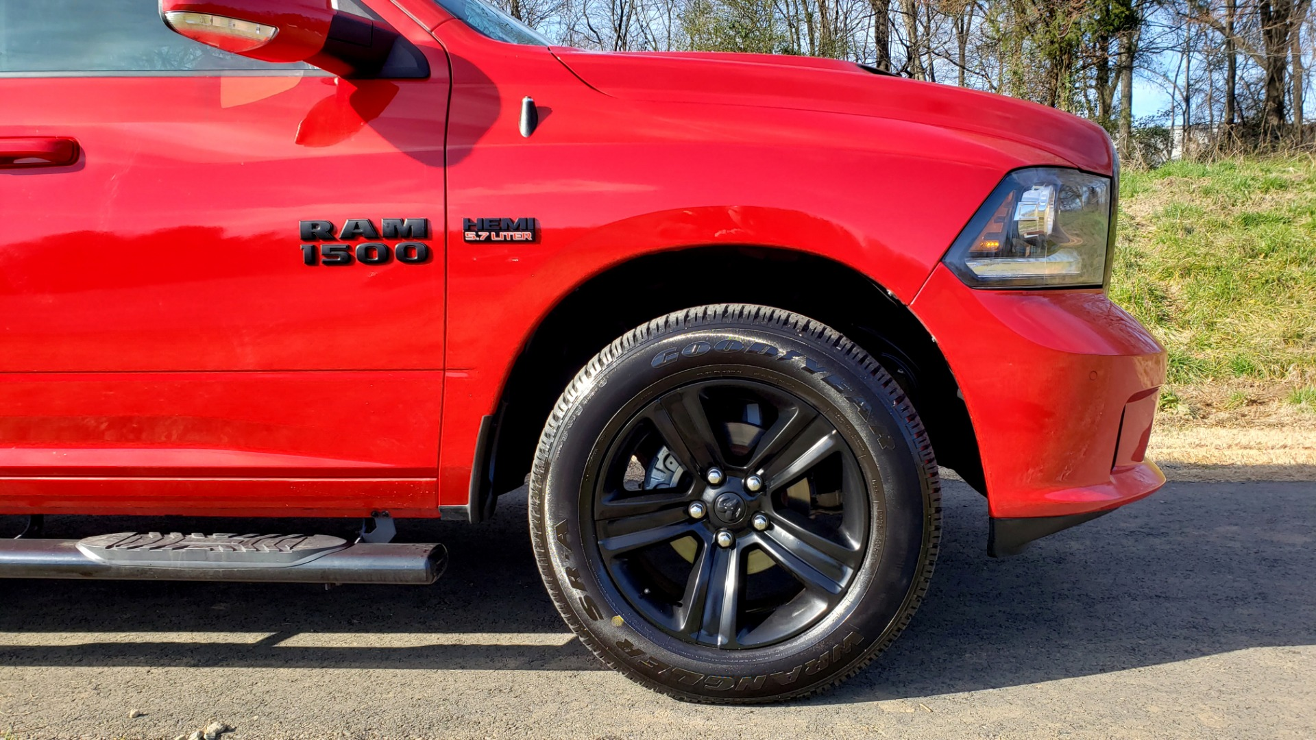 Used 2017 Ram 1500 NIGHT EDITION CREWCAB 4X4 / NAV / PARKSENSE for sale Sold at Formula Imports in Charlotte NC 28227 73