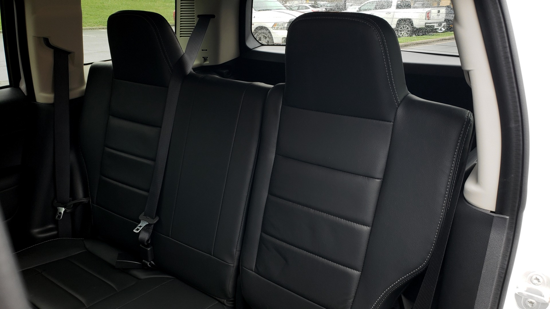 Used 2016 Jeep PATRIOT HIGH ALTITUDE EDITION 4WD / SUNROOF / 4-CYL / 6-SPD AUTO for sale $14,695 at Formula Imports in Charlotte NC 28227 43
