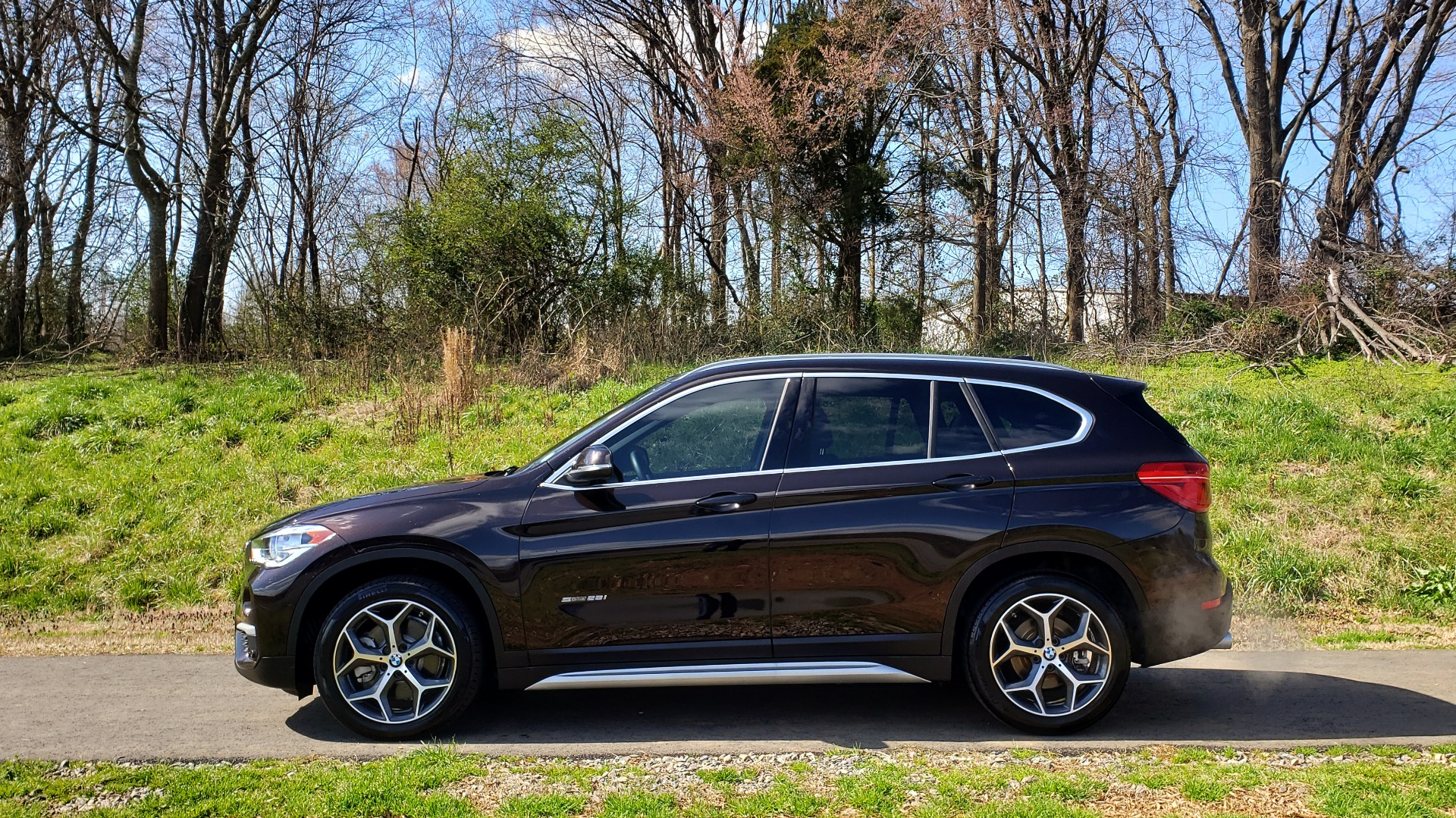 Used 2017 BMW X1 SDRIVE28I PREMIUM / DRVR ASST / PANO-ROOF / REARVIEW for sale Sold at Formula Imports in Charlotte NC 28227 2