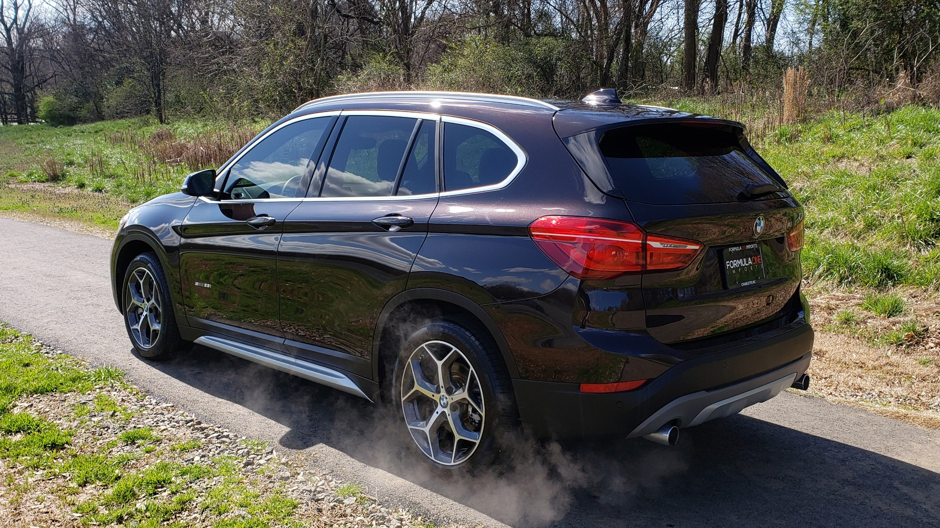 Used 2017 BMW X1 SDRIVE28I PREMIUM / DRVR ASST / PANO-ROOF / REARVIEW for sale Sold at Formula Imports in Charlotte NC 28227 3