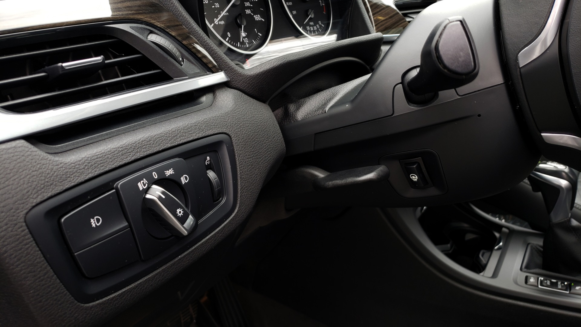 Used 2017 BMW X1 XDRIVE28I / PREM PKG / DRIVER ASST / NAV / CLD WTHR for sale Sold at Formula Imports in Charlotte NC 28227 36