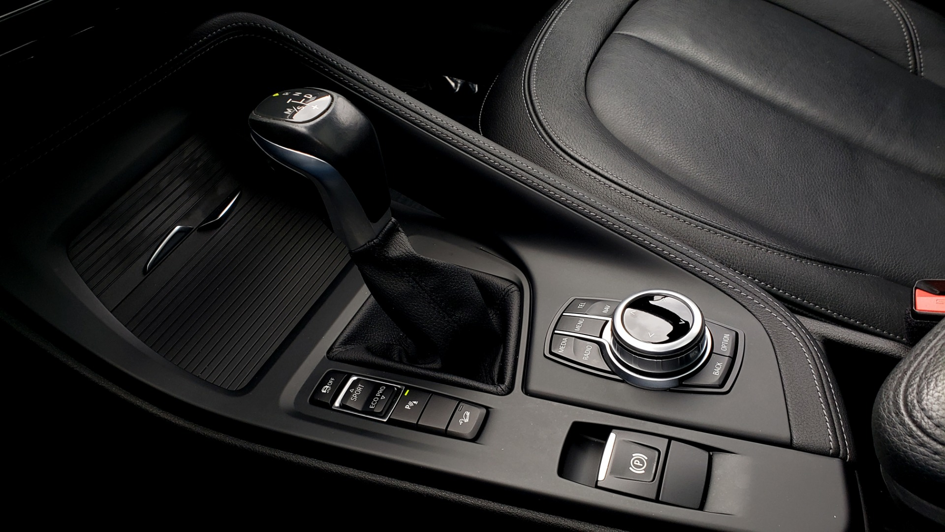 Used 2017 BMW X1 XDRIVE28I / PREM PKG / DRIVER ASST / NAV / CLD WTHR for sale Sold at Formula Imports in Charlotte NC 28227 51