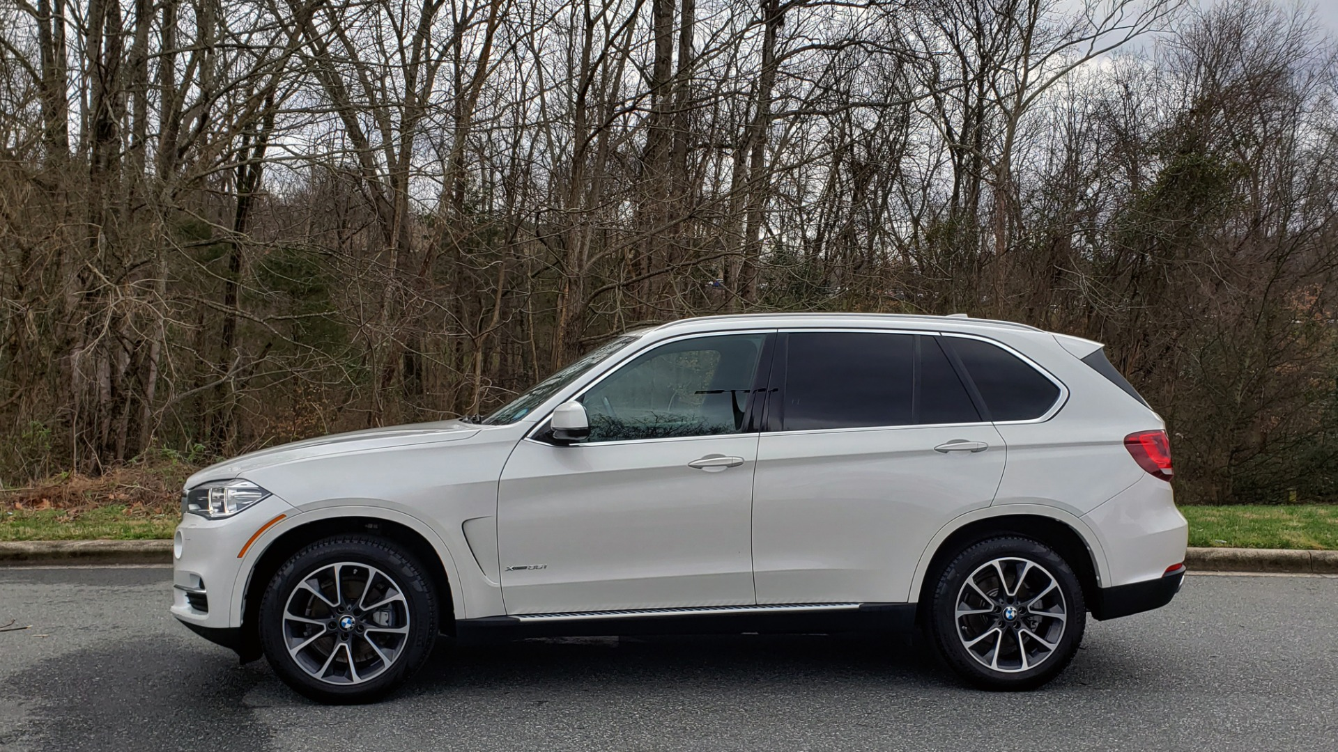 Used 2017 BMW X5 XDRIVE35I / NAV / HUD / DRVR ASST / SUNROOF / REARVIEW for sale Sold at Formula Imports in Charlotte NC 28227 2
