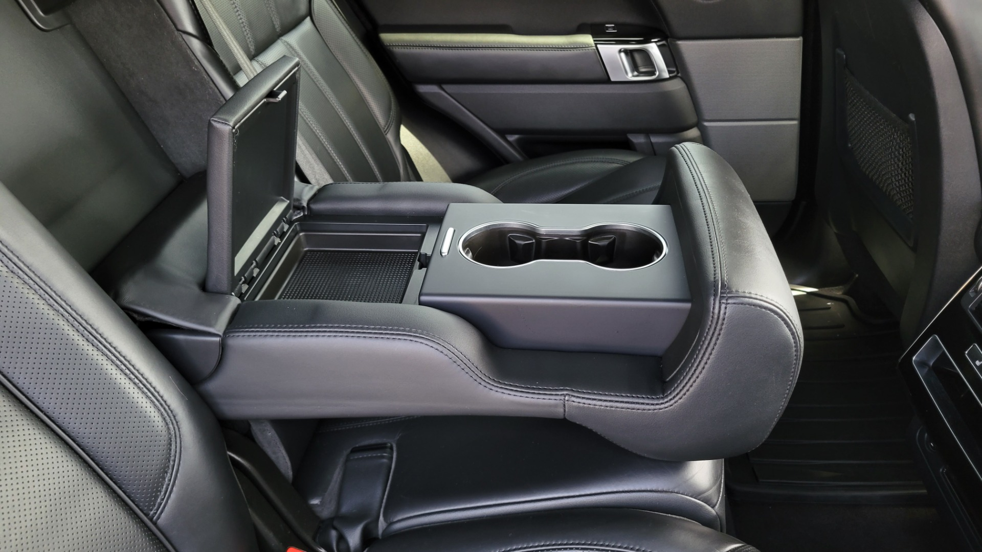 Used 2016 Land Rover Range Rover Sport V6 HSE for sale $44,995 at Formula Imports in Charlotte NC 28227 75