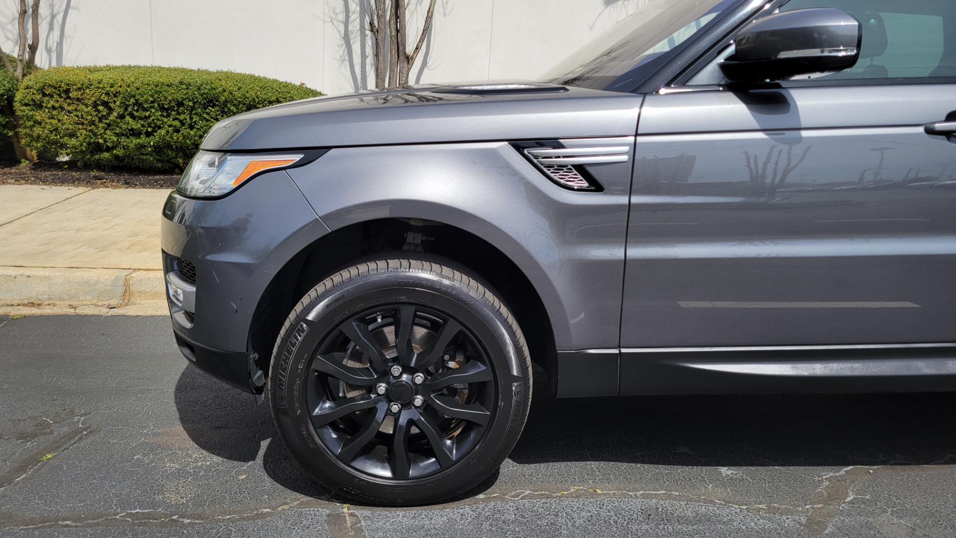 Used 2016 Land Rover RANGE ROVER SPORT SC V6 HSE / NAV / SUNROOF / REARVIEW / HTD STS / COOLER for sale Sold at Formula Imports in Charlotte NC 28227 81