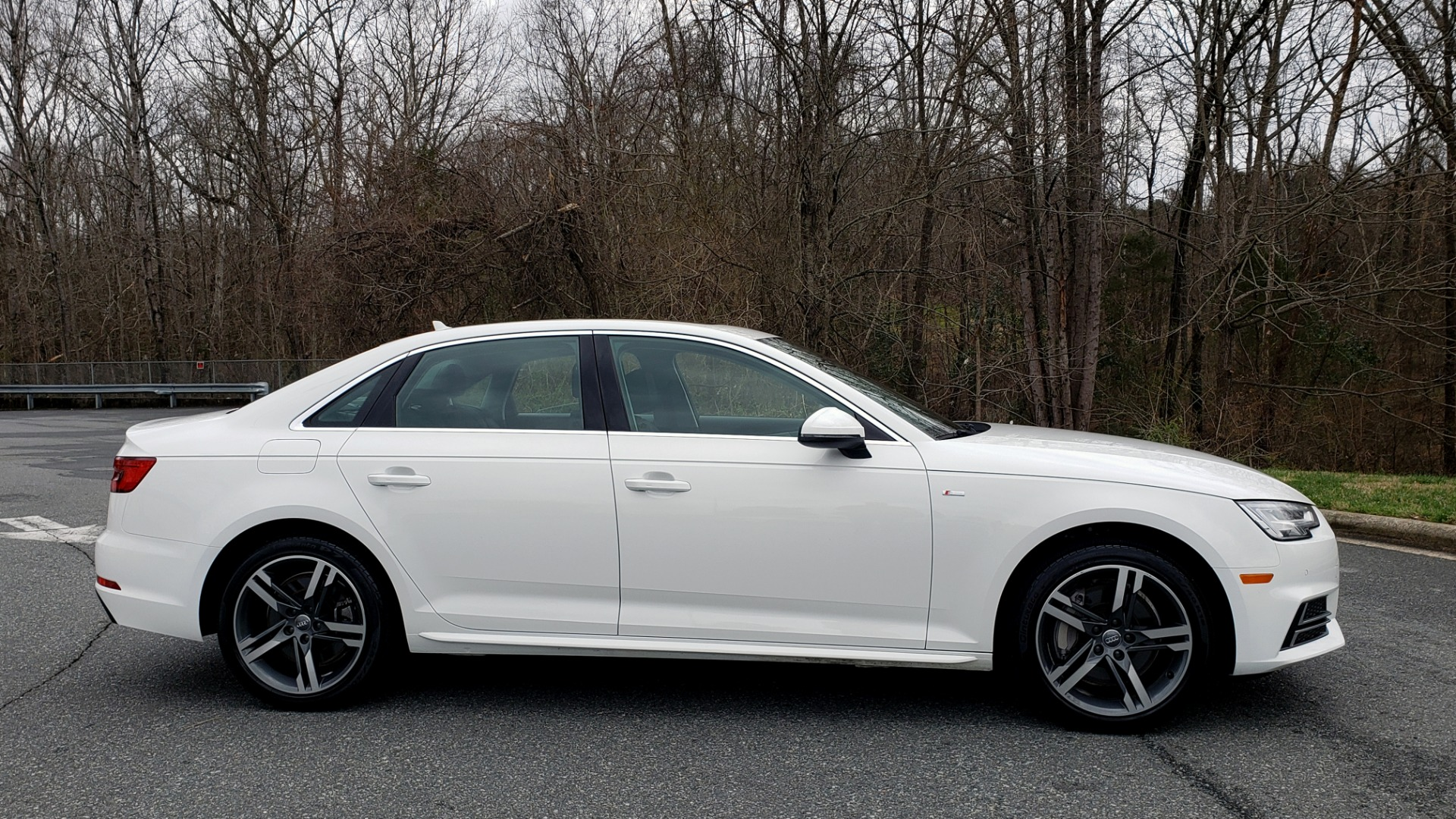 Used 2017 Audi A4 PREMIUM PLUS / TECH / CLD WTHR / NAV / SUNROOF for sale Sold at Formula Imports in Charlotte NC 28227 5