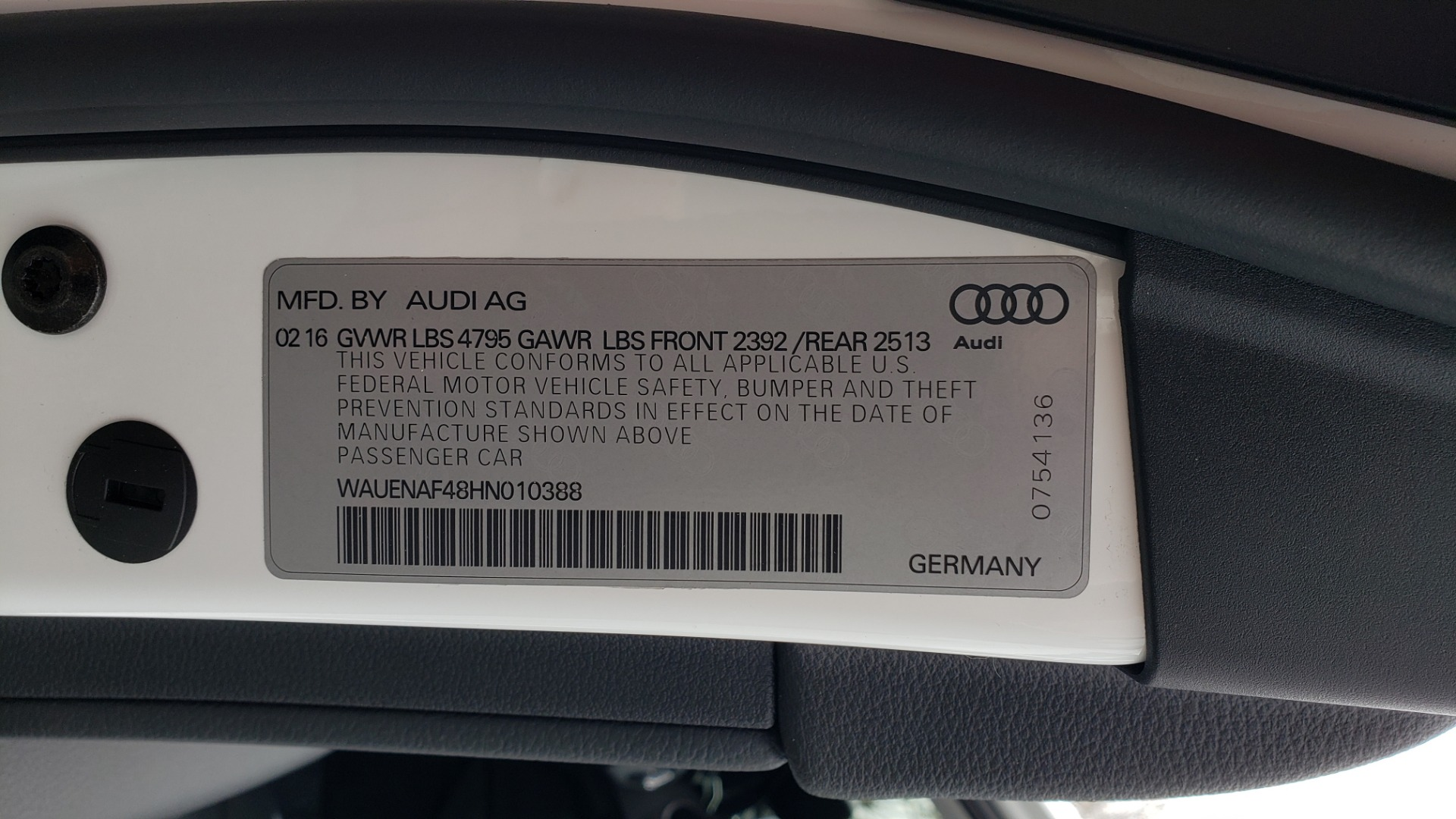 Used 2017 Audi A4 PREMIUM PLUS / TECH / CLD WTHR / NAV / SUNROOF for sale Sold at Formula Imports in Charlotte NC 28227 91