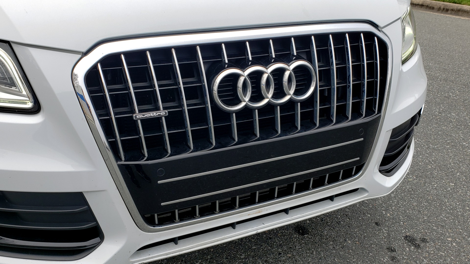 Used 2017 Audi Q5 PREMIUM PLUS / TECH / NAV / PANO-ROOF / B&O SND / REARVIEW for sale Sold at Formula Imports in Charlotte NC 28227 27
