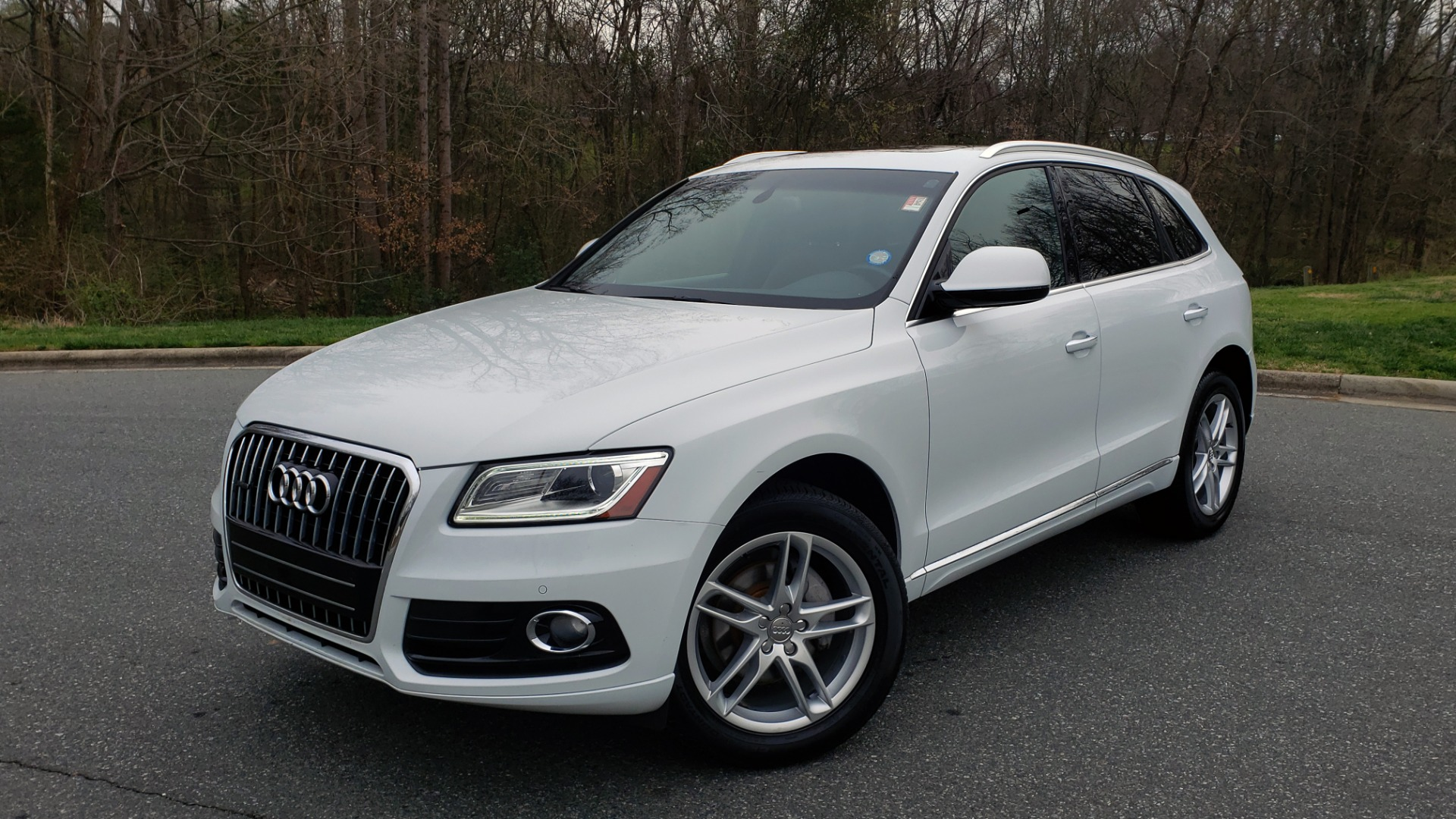 Used 2017 Audi Q5 PREMIUM PLUS / TECH / NAV / PANO-ROOF / B&O SND / REARVIEW for sale Sold at Formula Imports in Charlotte NC 28227 1